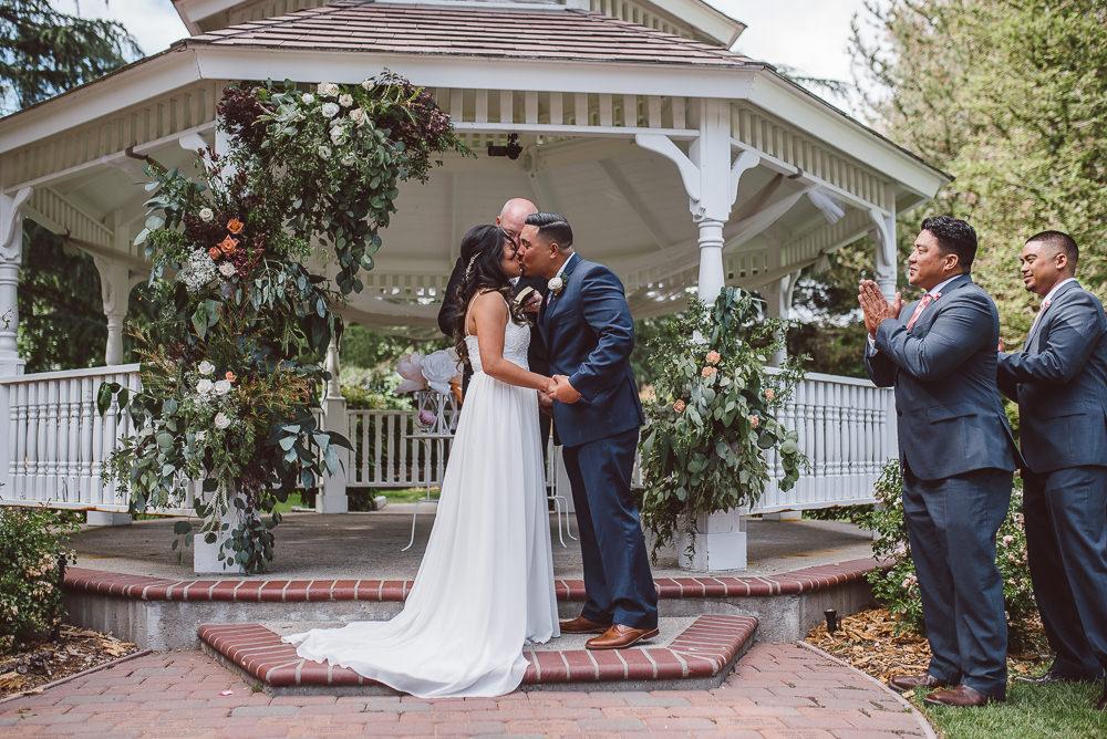 Pleasant-Hill-Community-Center-Wedding-Photography-031.jpg