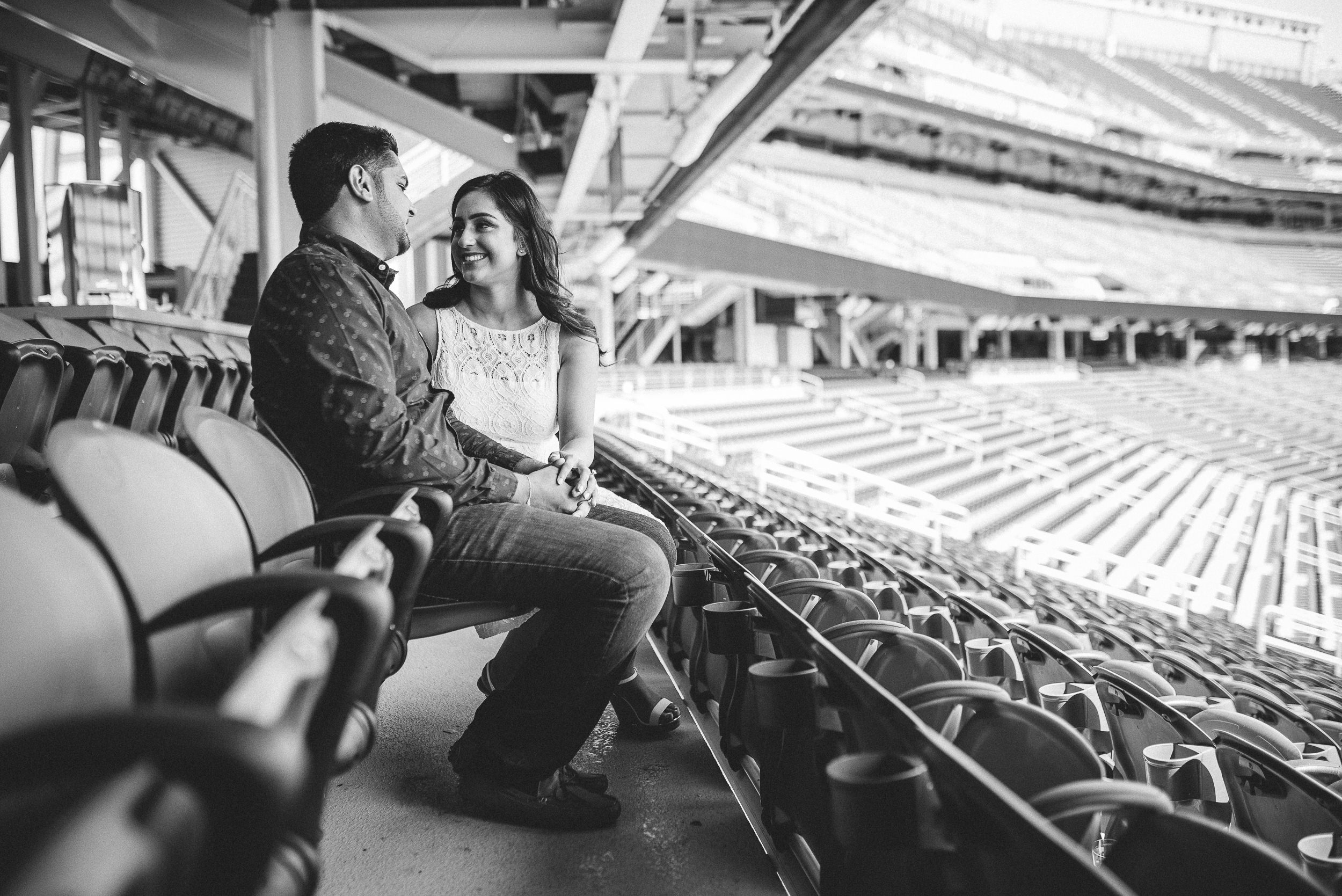 San-Francisco-49ers-Levis-Stadium-Engagement-Photography-003.jpg