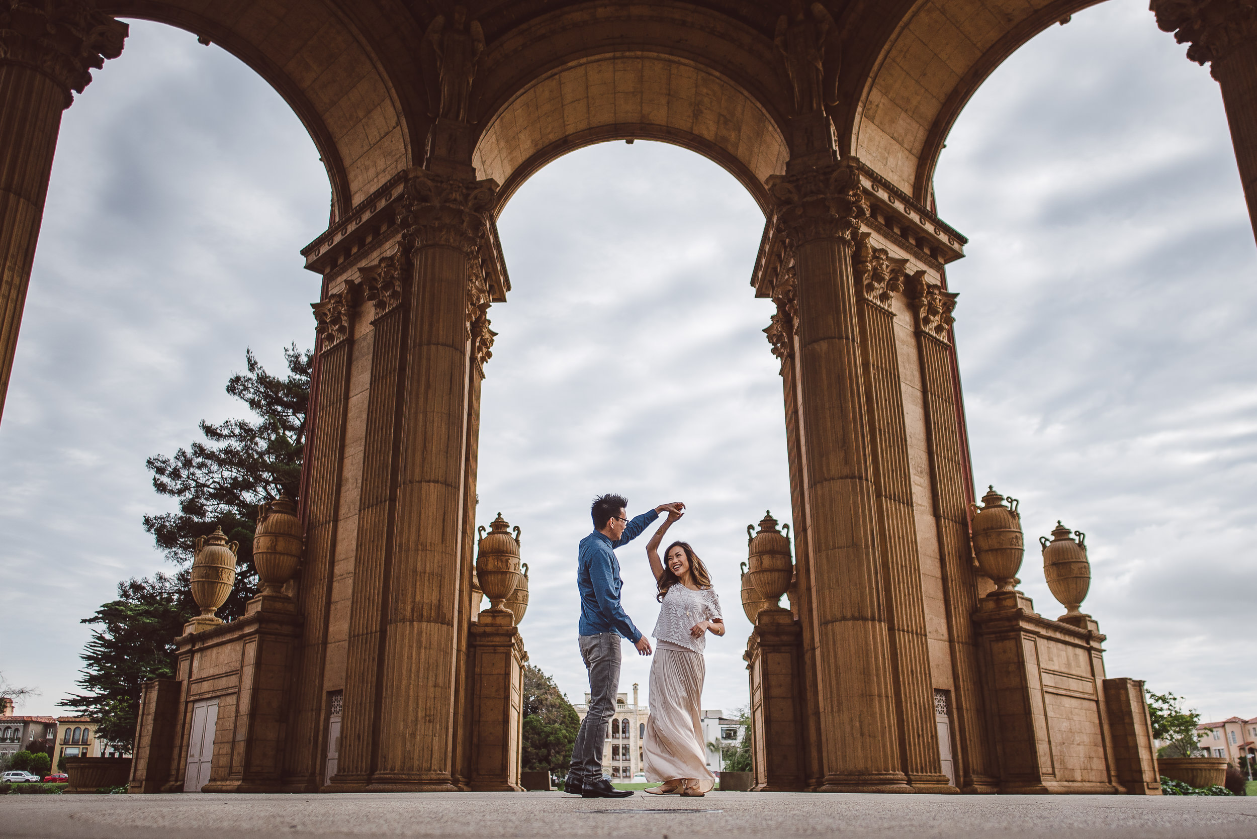 Palace-of-Fine-Arts-San-Francisco-Engagement-Photography-009.jpg