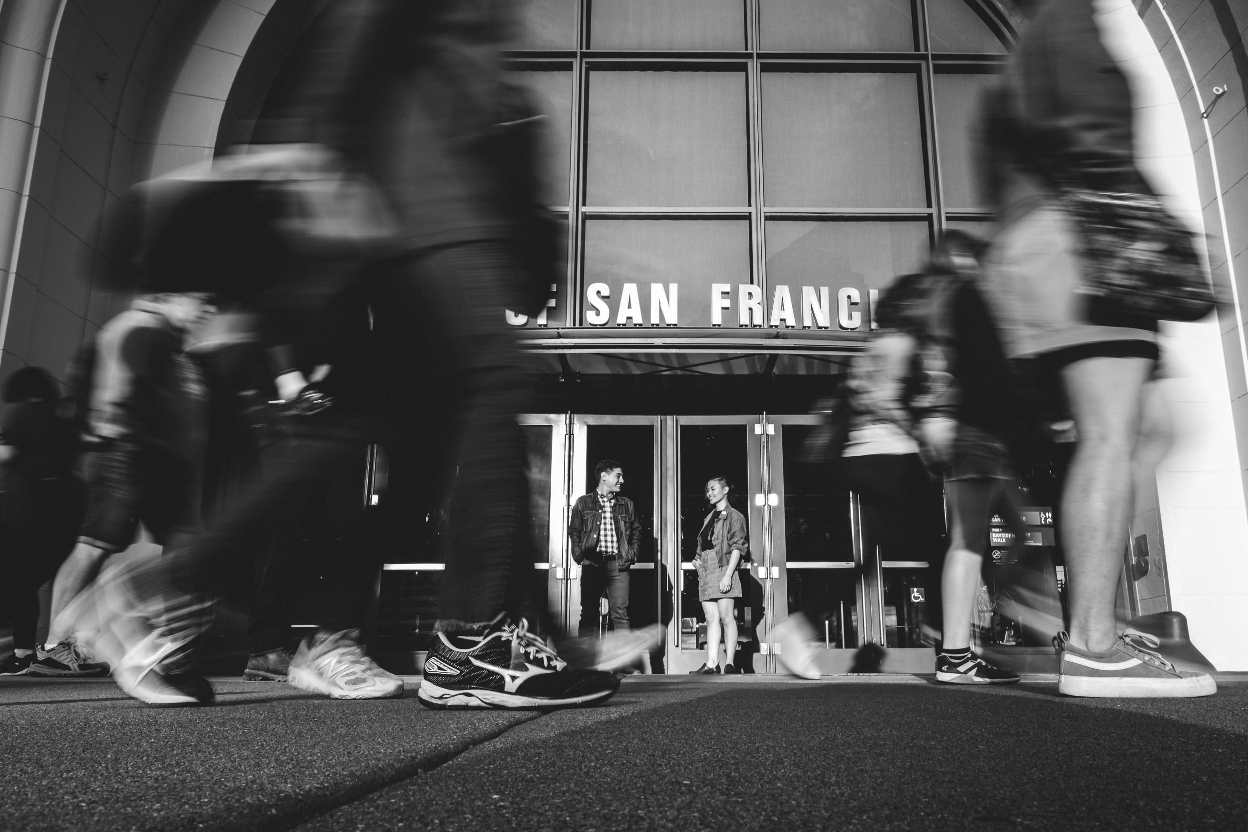 San-Francisco-Embarcadero-Engagement-Photos-006.jpg