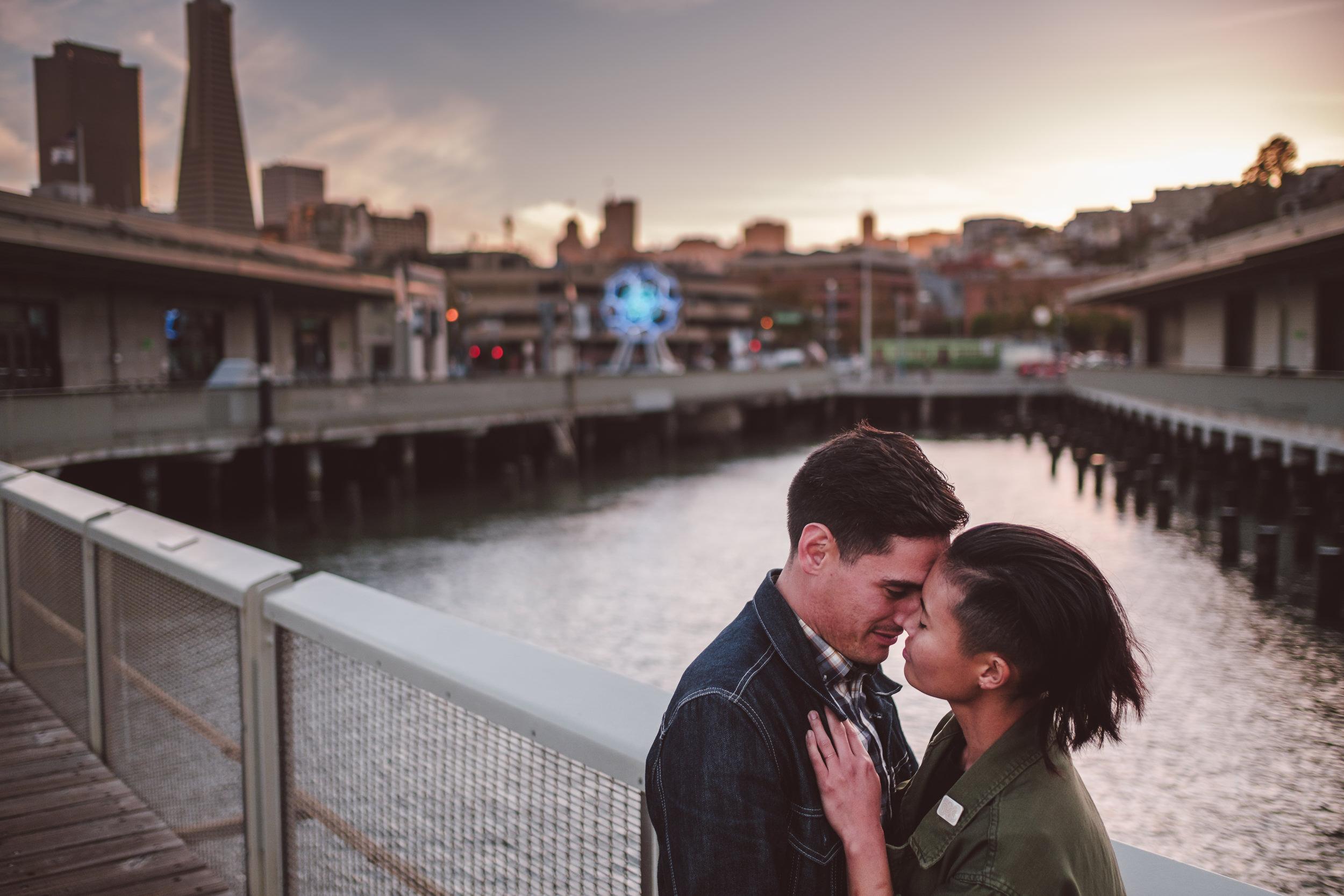 San-Francisco-Embarcadero-Engagement-Photos-014.jpg