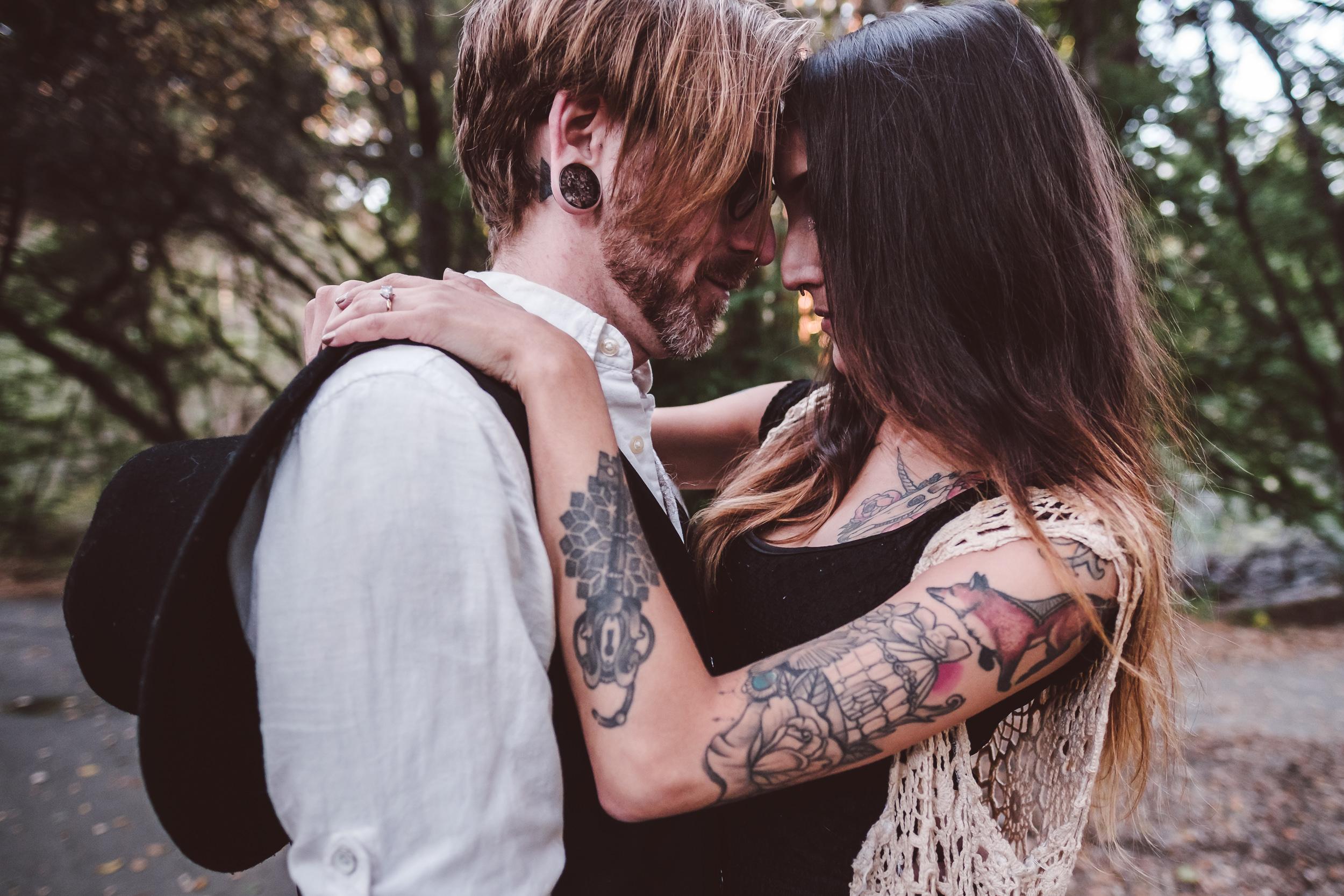 Tilden-Regional-Park-Tattoed-Couple-Engagement-Photography-009.jpg