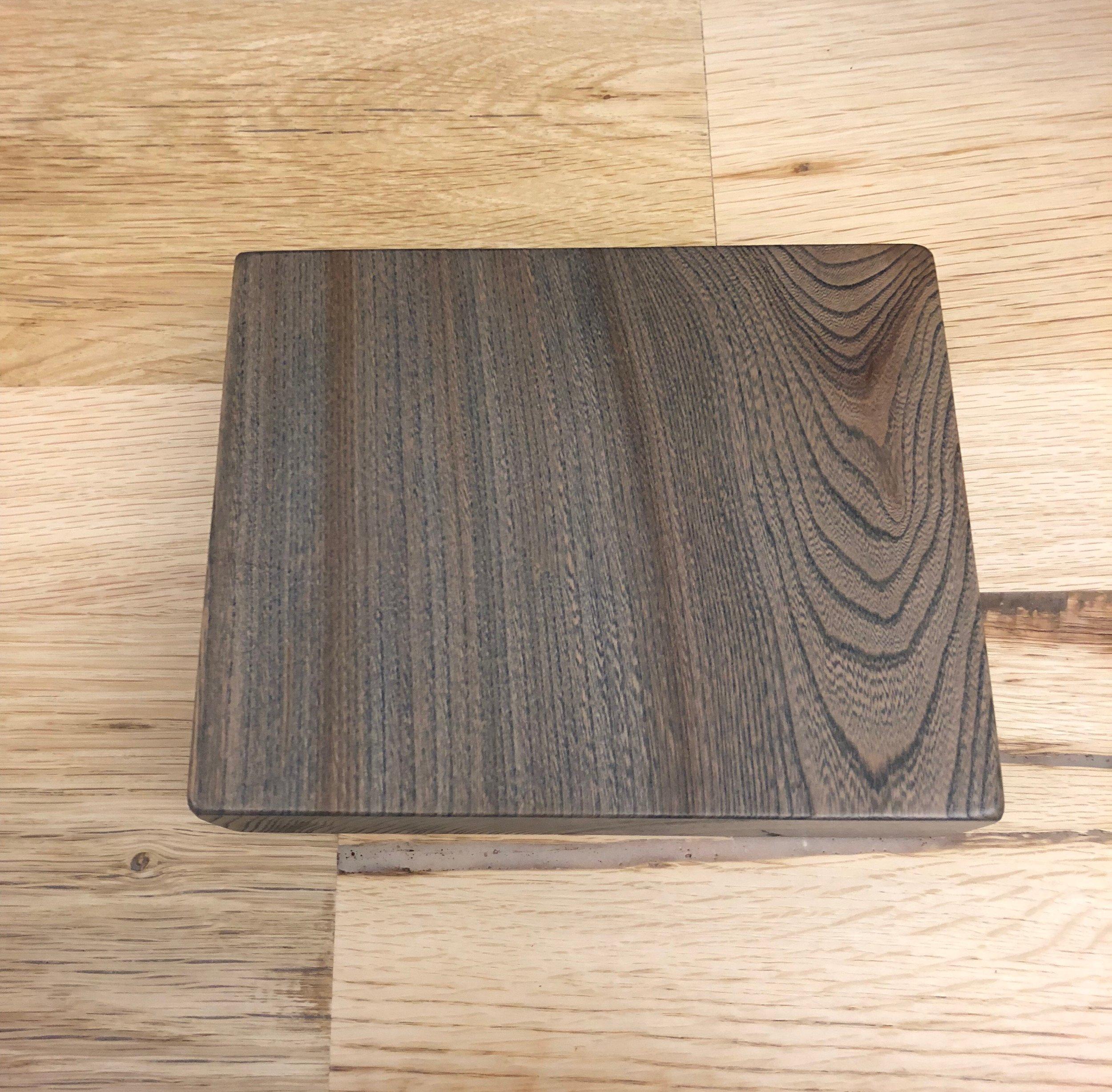 Elm / smooth / denim stain / polyurethane