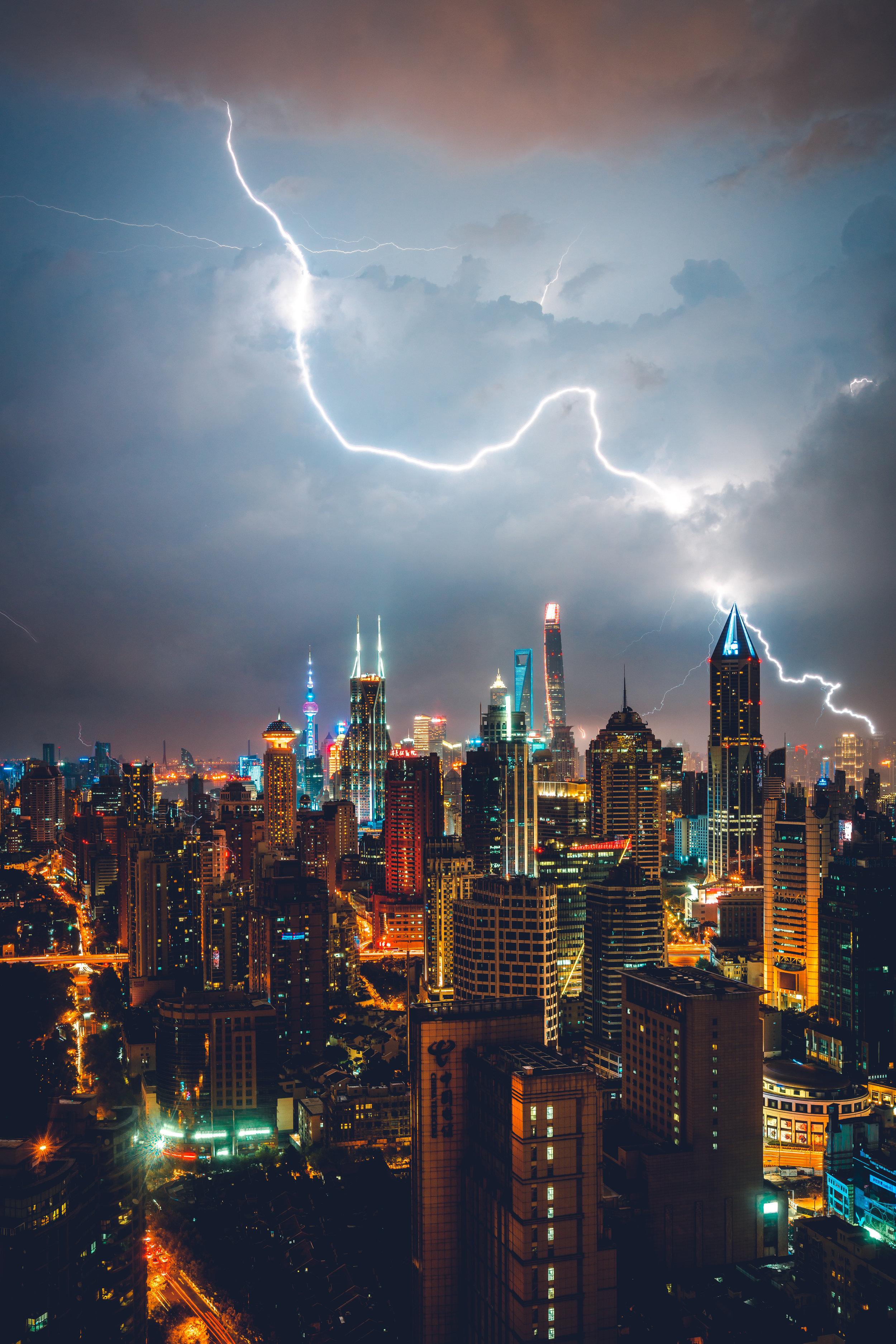 lighting-in-shanghai-reedit.jpg