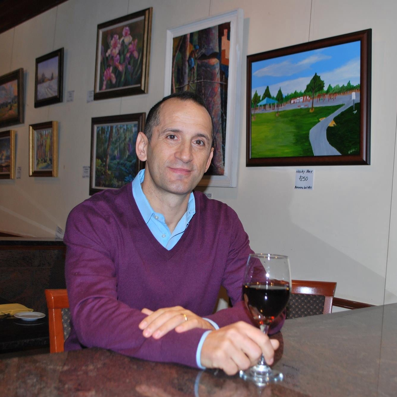 Welcome, friends. - A warm welcome from Roberto Deias, owner of Amici Miei Ristorante