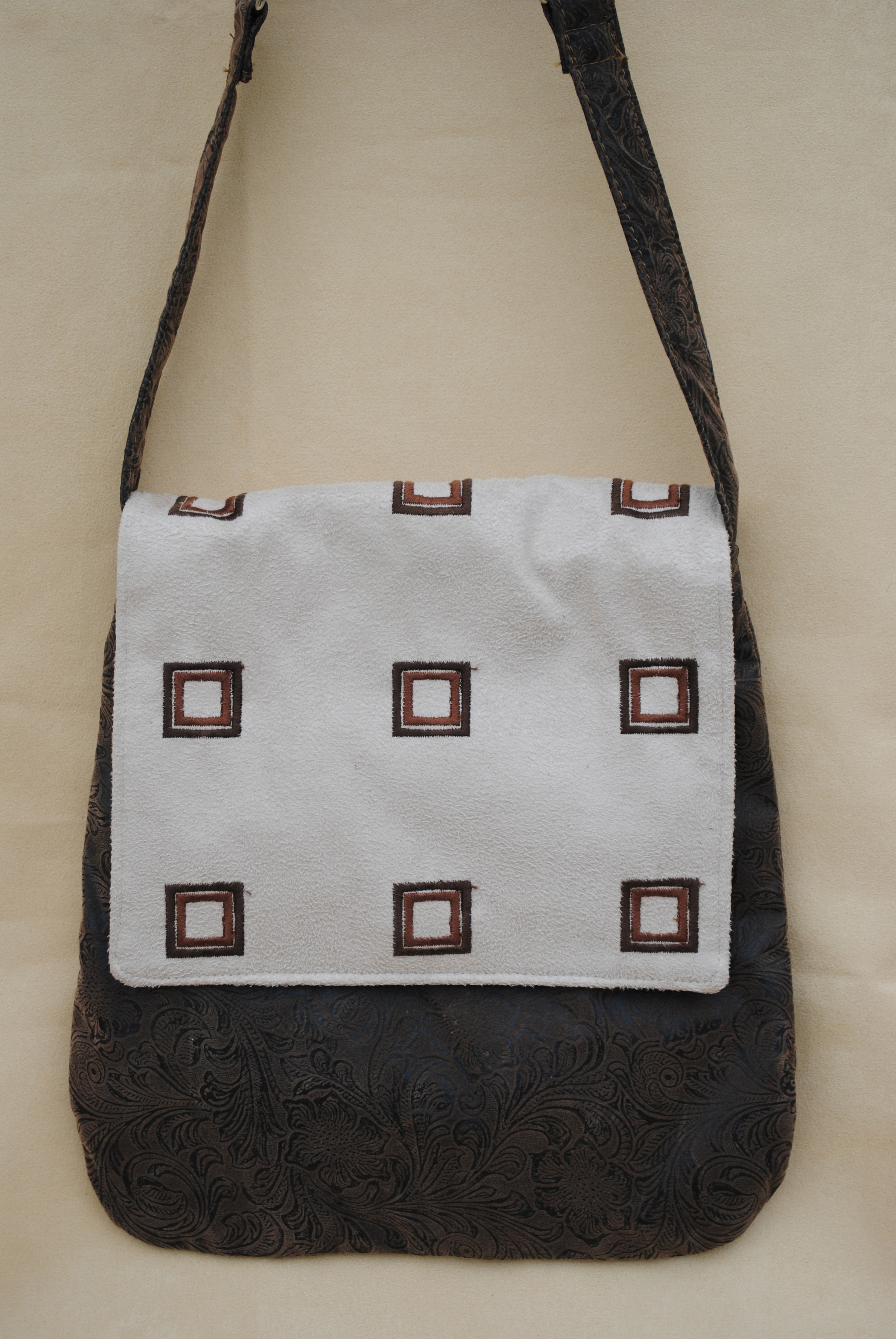 """Windows"" Brown Flap Saddle Bag"