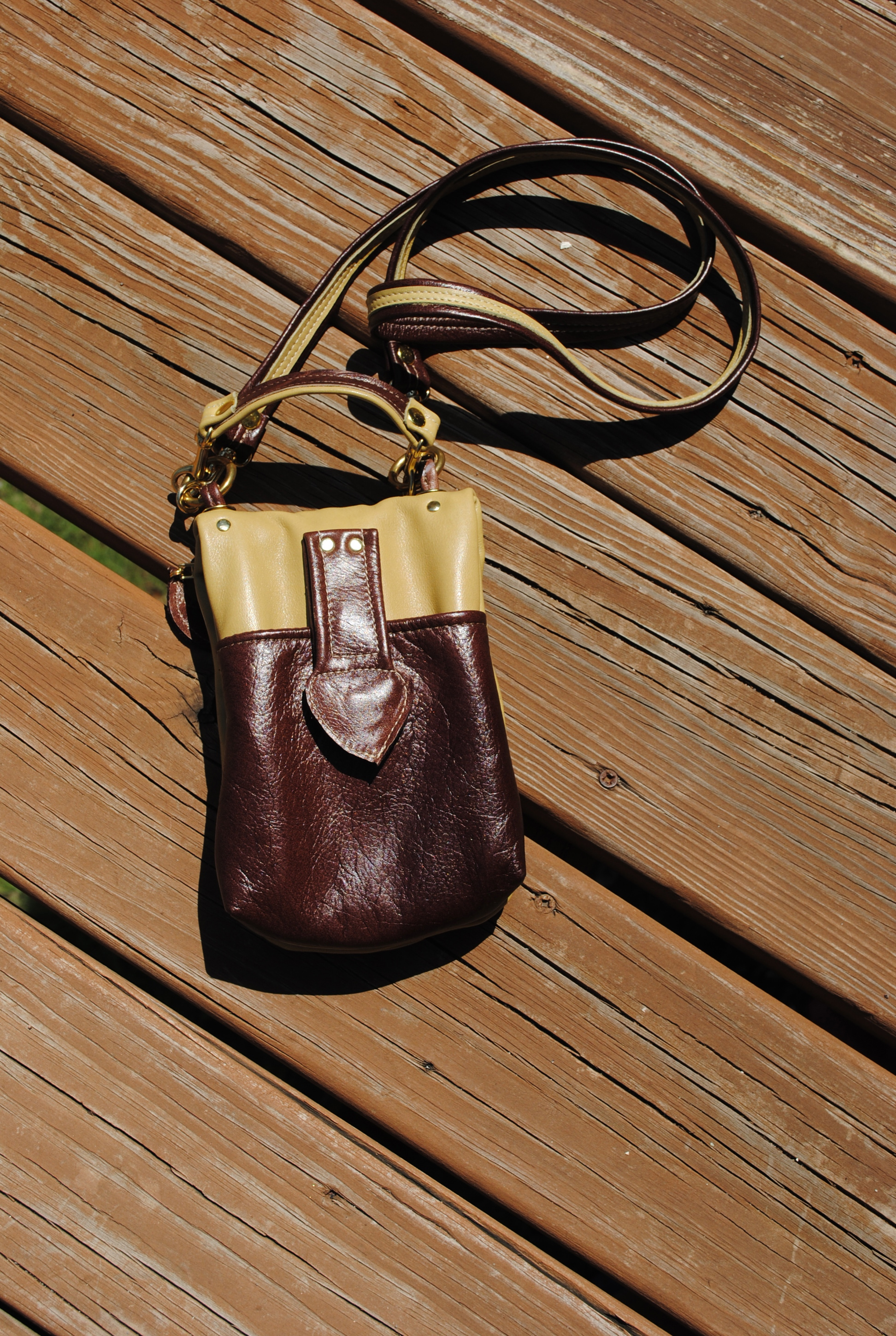 Essential Leather Pouch