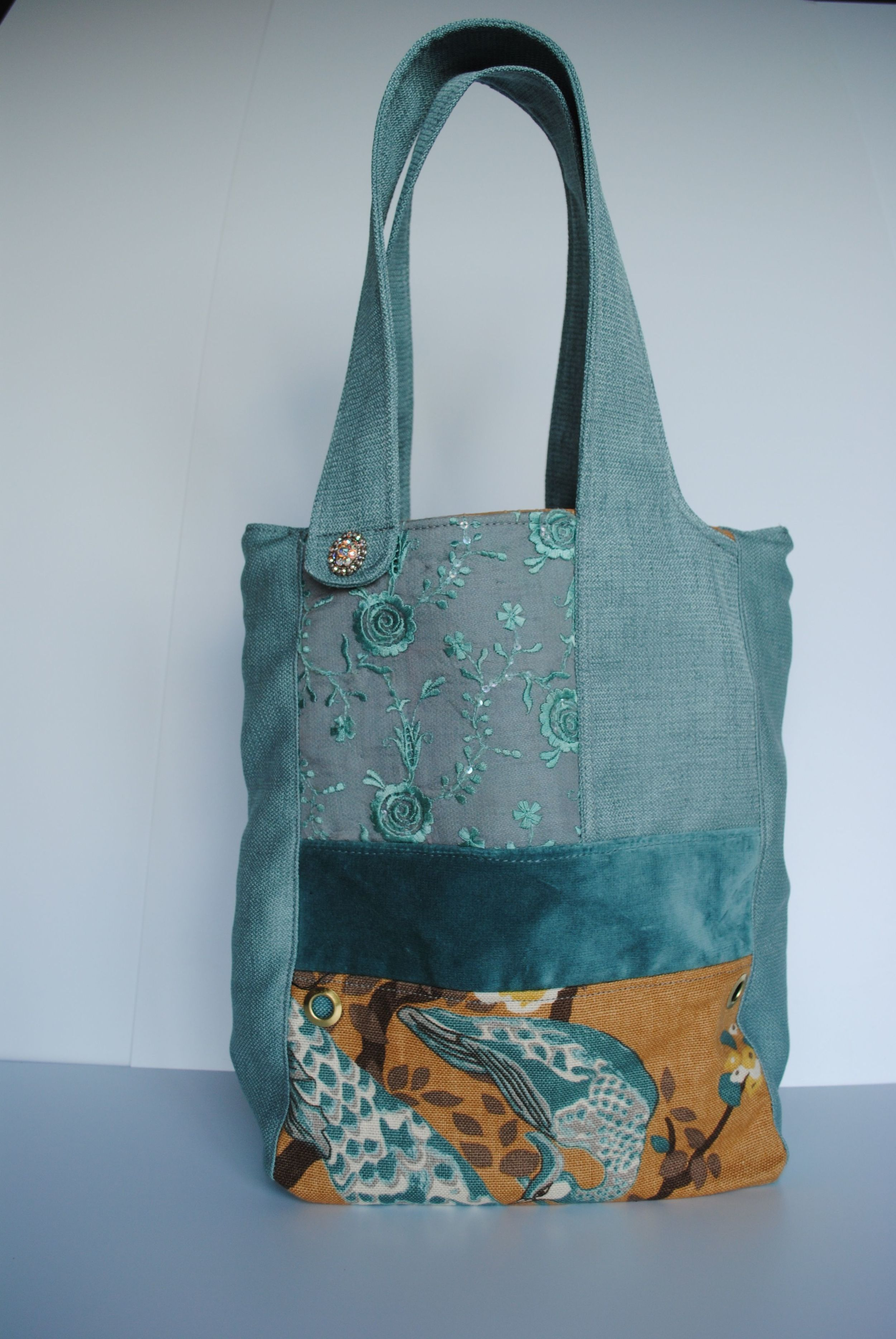 Peacock 6 Pockets Tote Bags