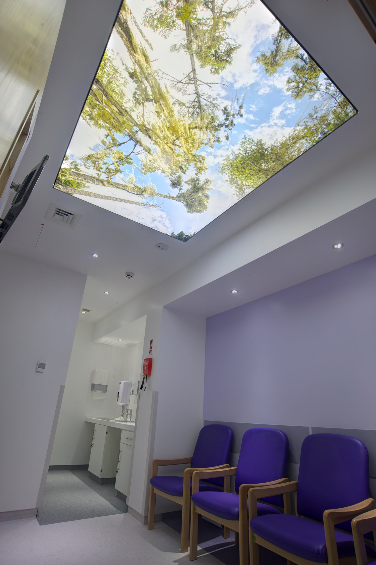 Printed stretch ceiling waiting area