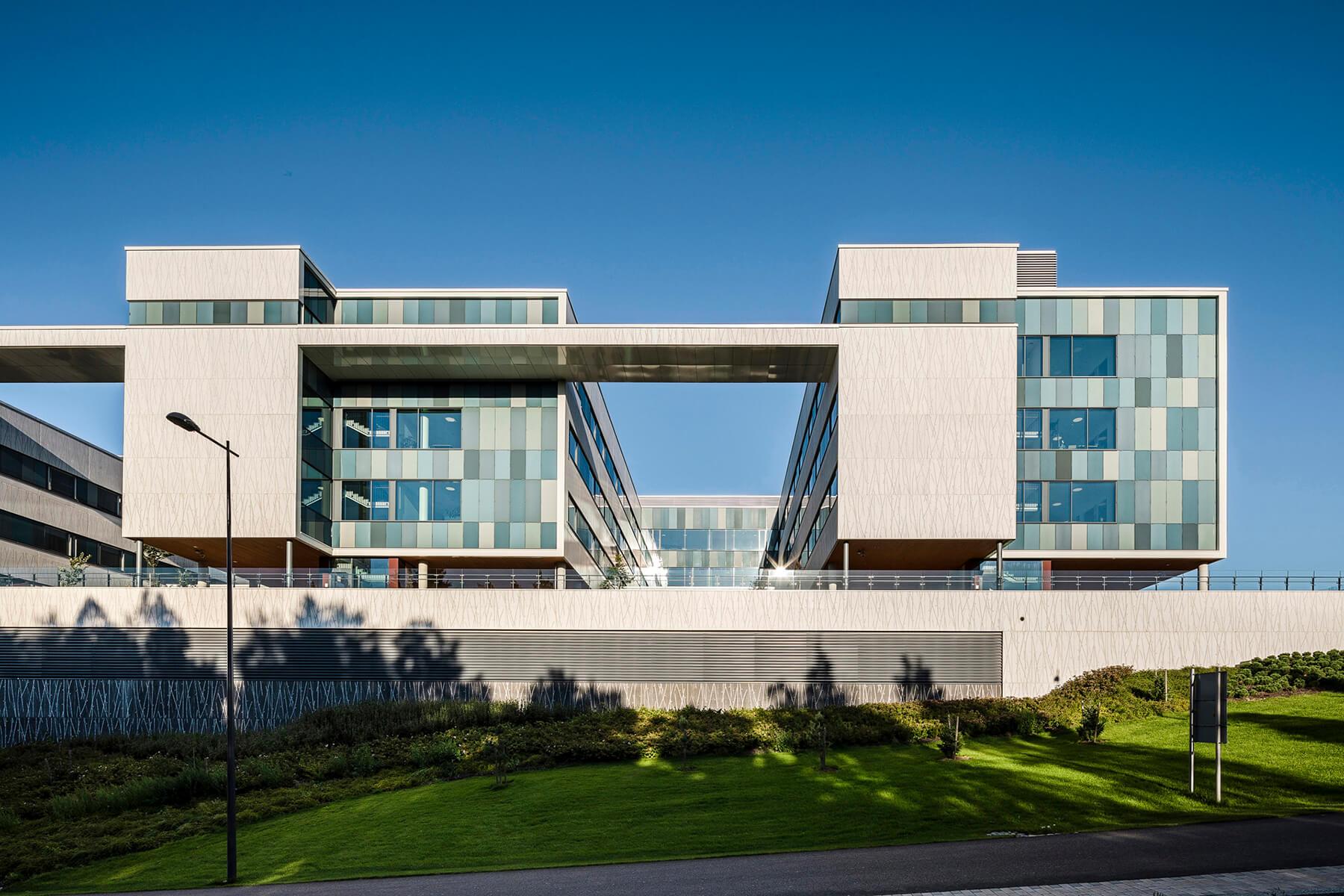 hospital-espoo-graphic-concrete-009-1800px.jpg