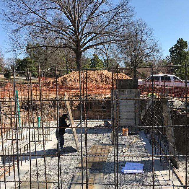 Basement Walls going up!