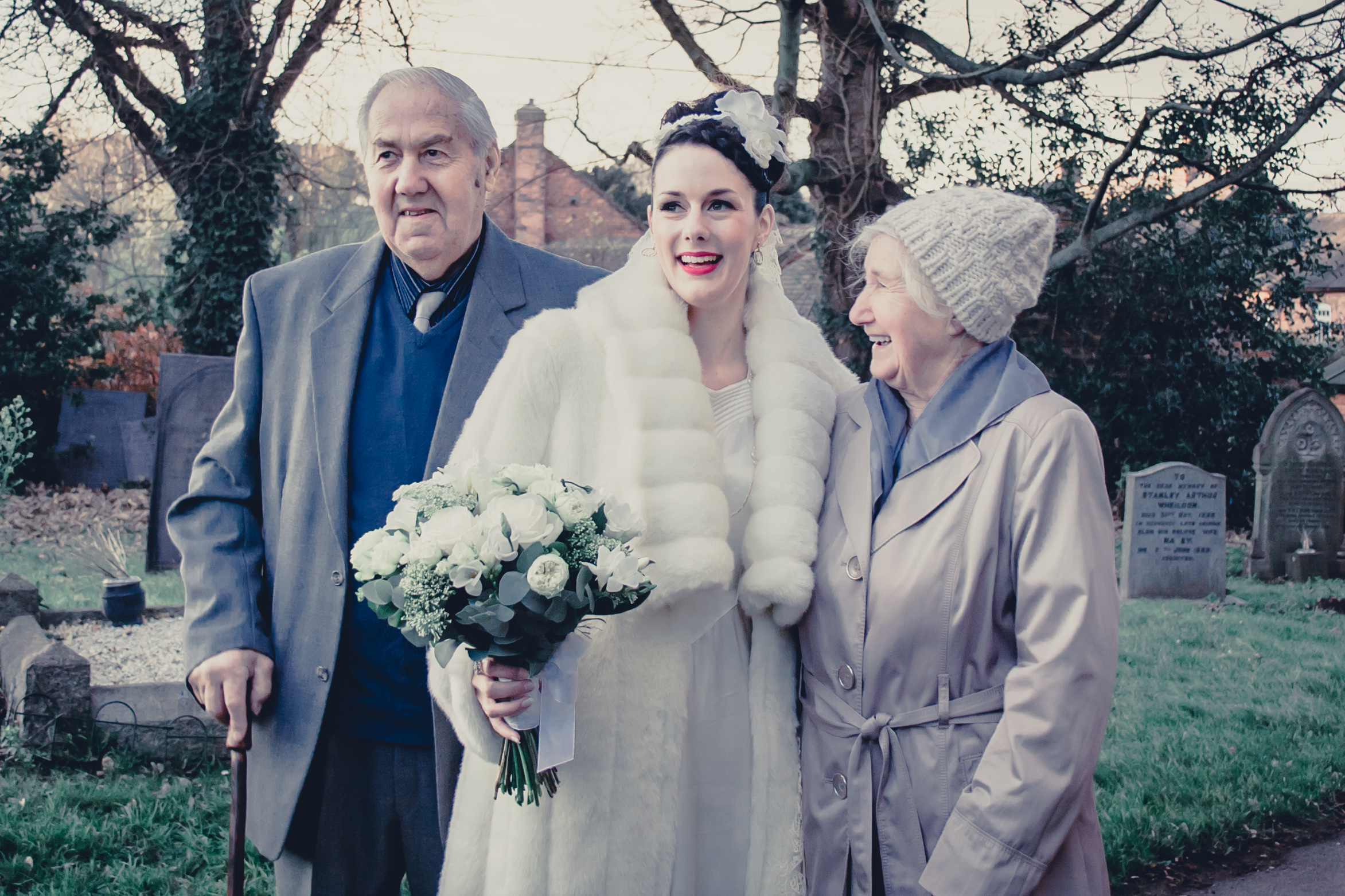 113 - Angela and Karls Wedding by www.markpugh.com -2144.jpg