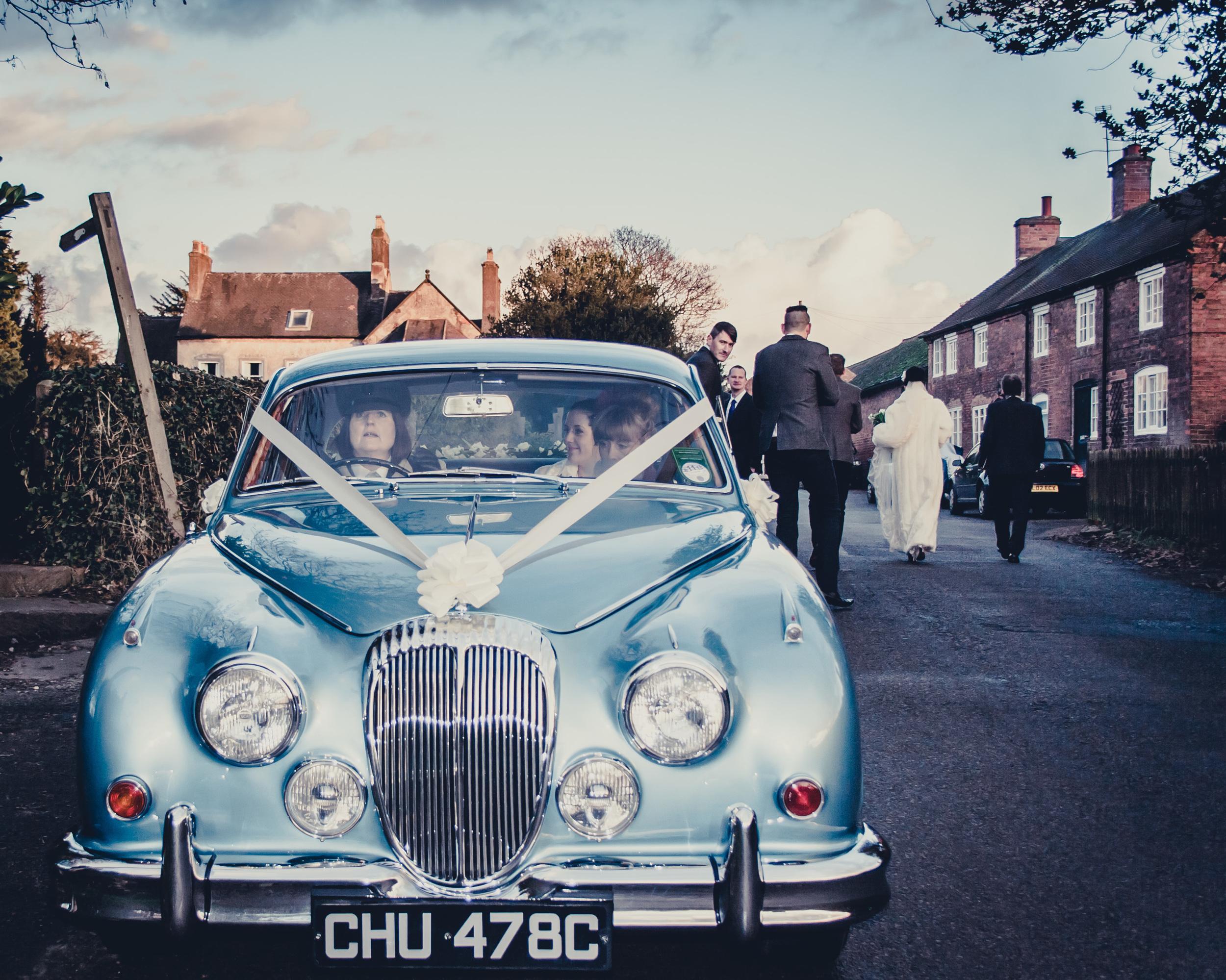 124 - Angela and Karls Wedding by www.markpugh.com -2176.jpg