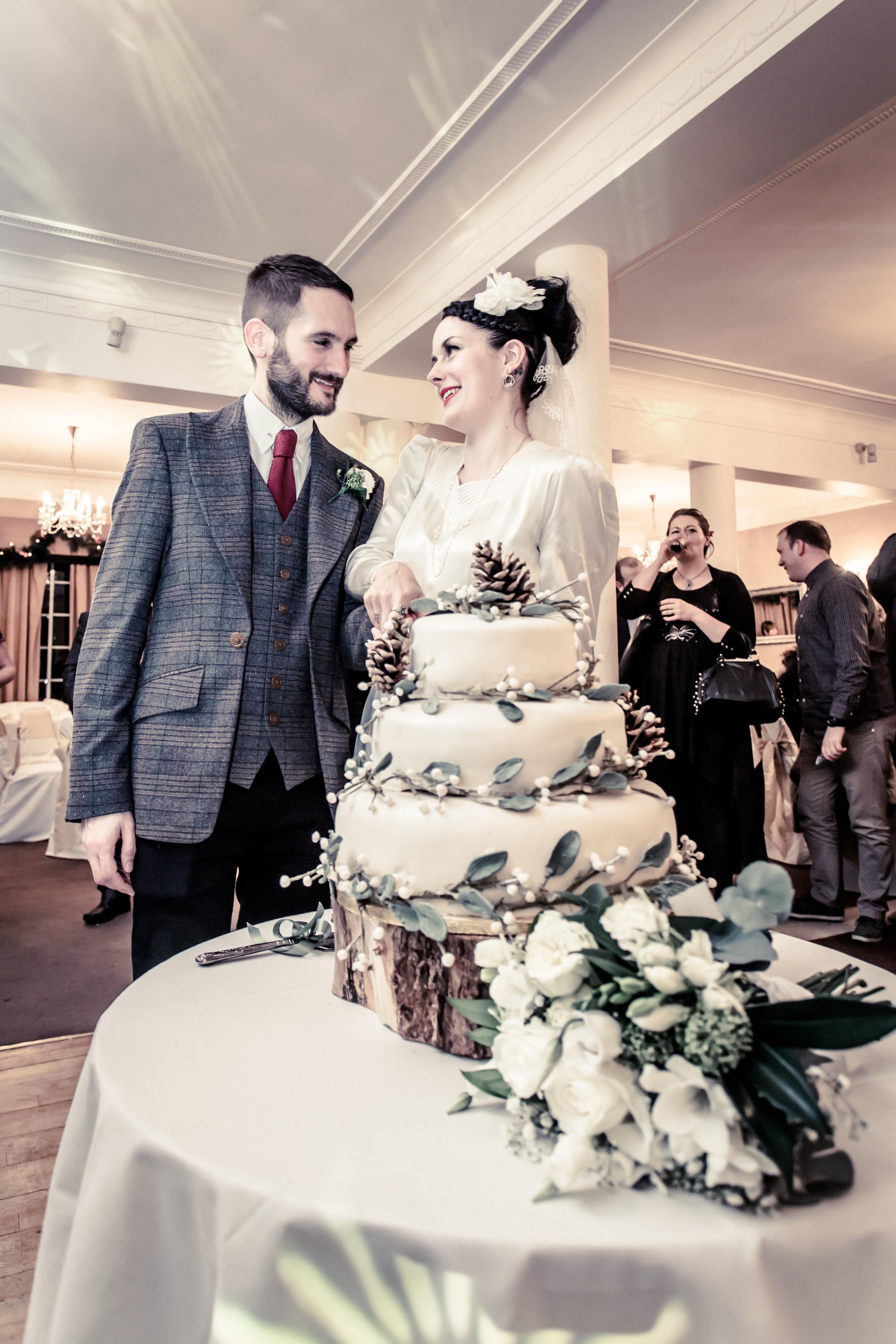 182 - Angela and Karls Wedding by www.markpugh.com -7217.jpg