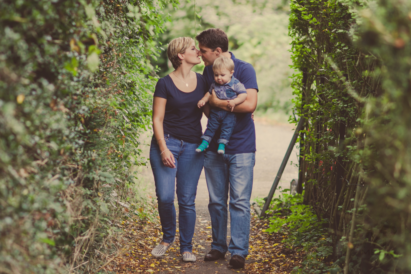 020 - Kelly, Matthew and Hugo Fine Art Family Photography by www.mpmedia.co.uk -108.JPG