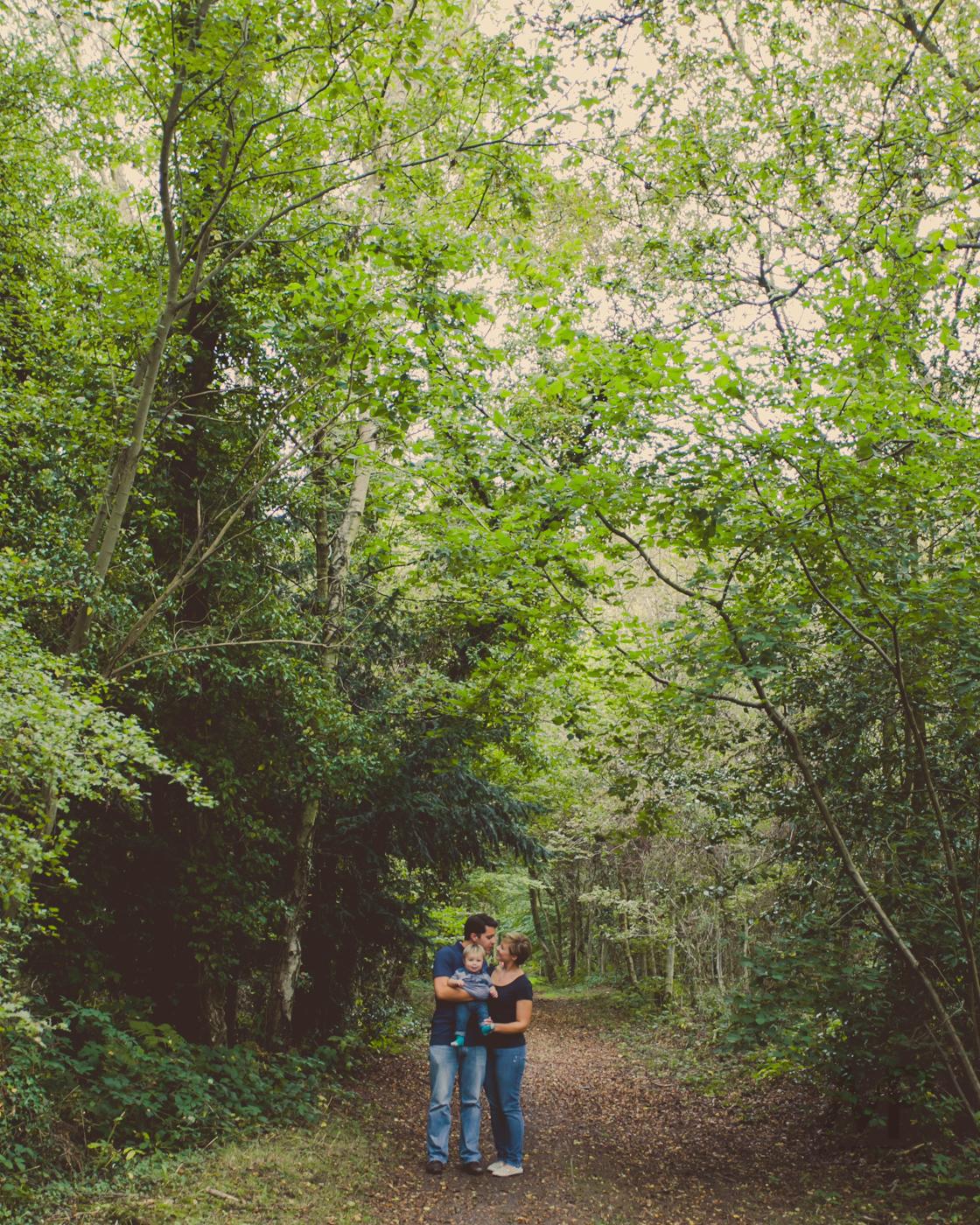 023 - Kelly, Matthew and Hugo Fine Art Family Photography by www.mpmedia.co.uk -127.JPG