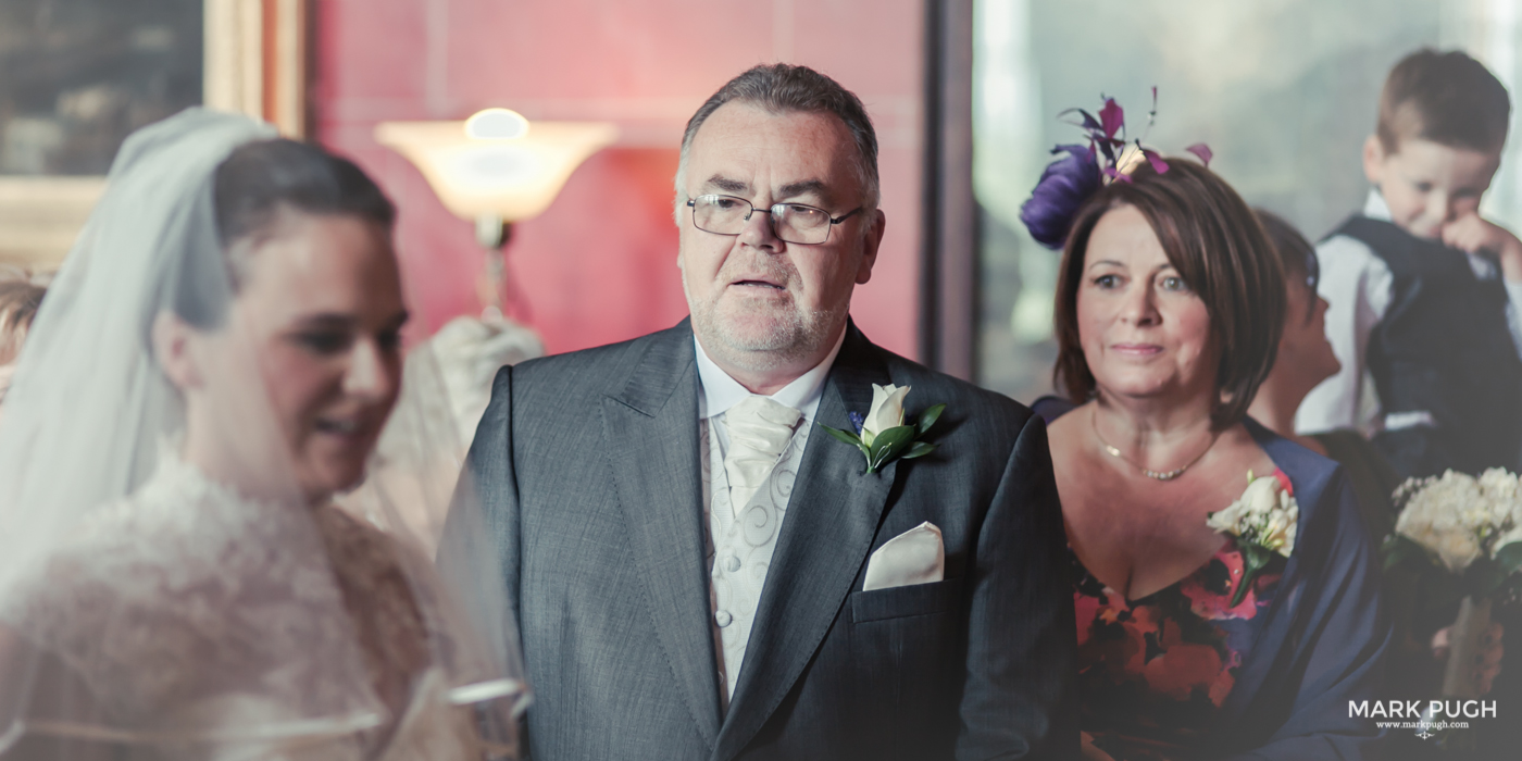 084- Laura and Peter - Wollaton Hall Wedding Nottingham UK by Mark Pugh www.markpugh.com.jpg