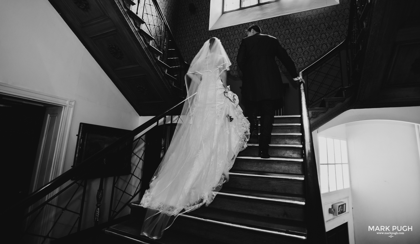 113- Laura and Peter - Wollaton Hall Wedding Nottingham UK by Mark Pugh www.markpugh.com.jpg