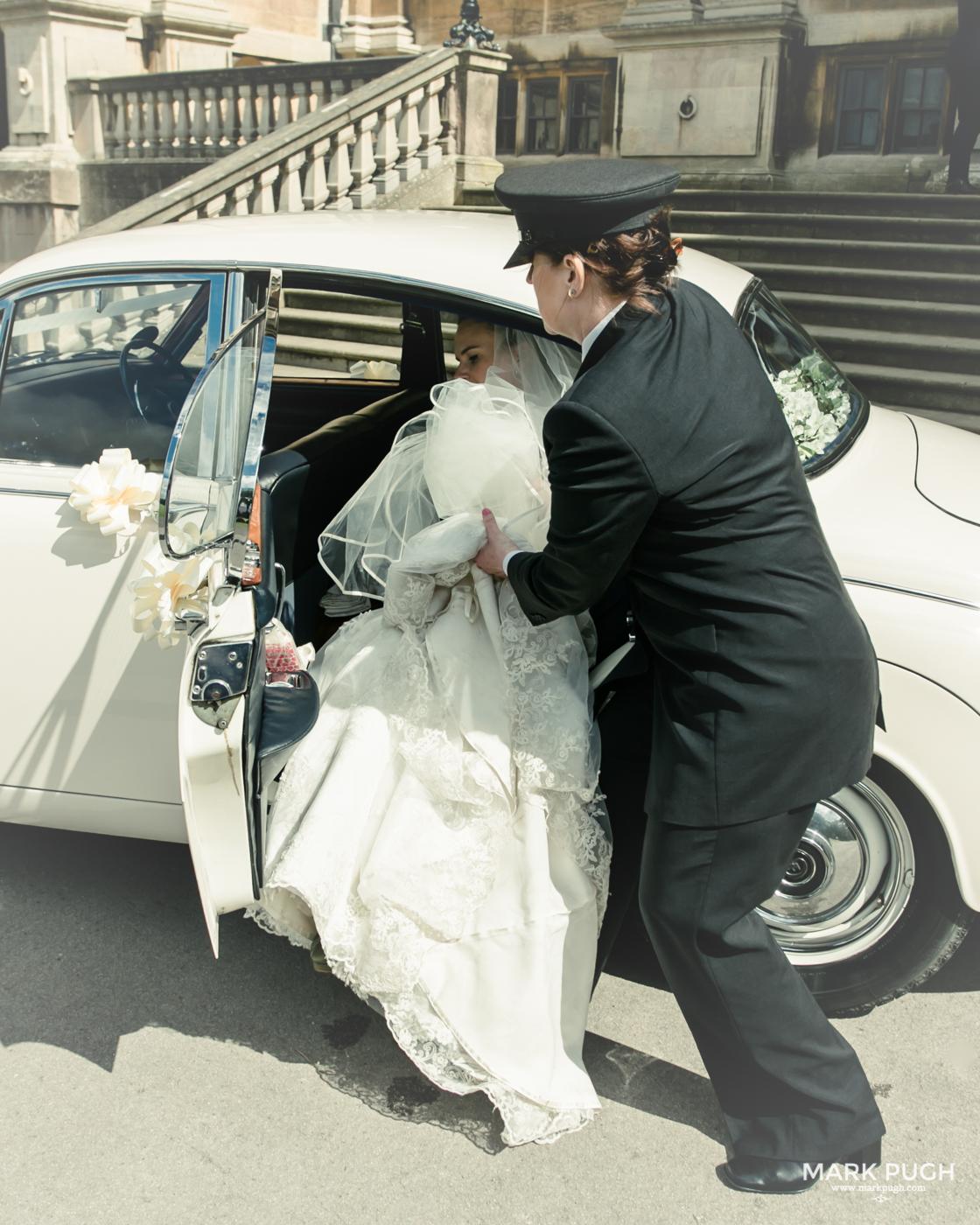 132- Laura and Peter - Wollaton Hall Wedding Nottingham UK by Mark Pugh www.markpugh.com.jpg