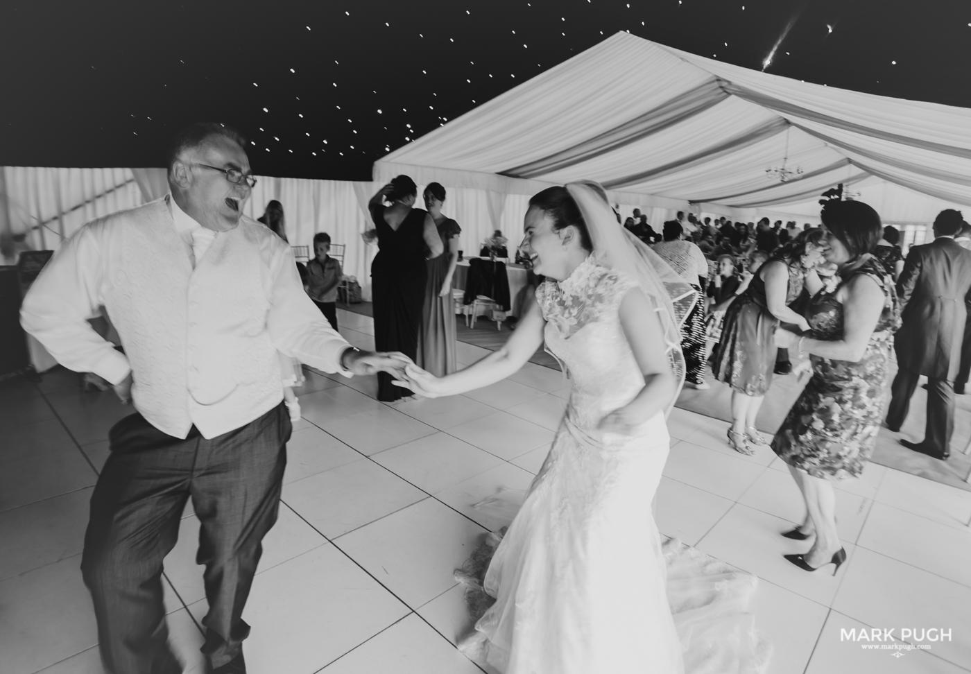 203- Laura and Peter - Wollaton Hall Wedding Nottingham UK by Mark Pugh www.markpugh.com.jpg