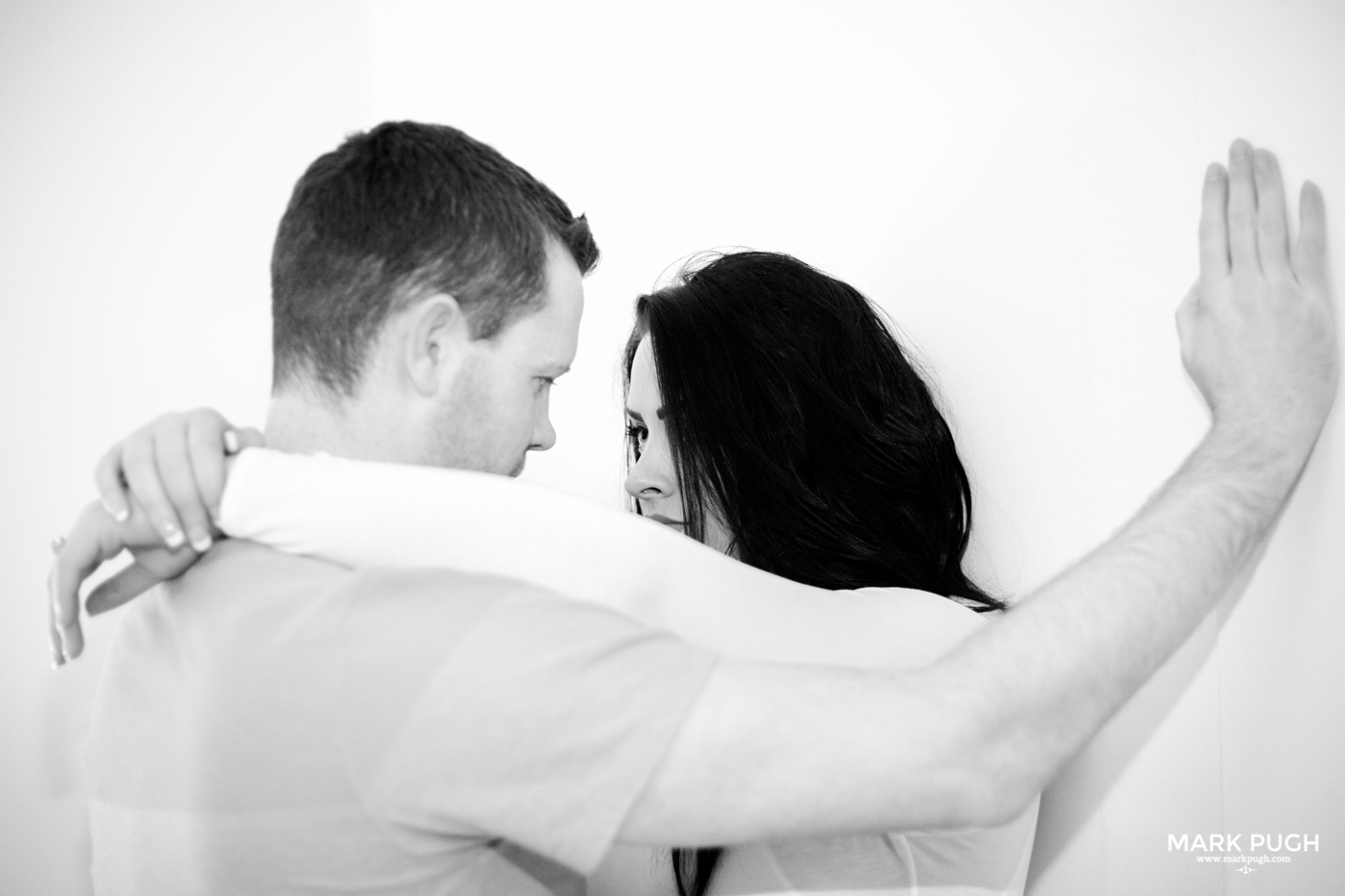 040 - Louise and Paul - preWED love session at the seaside - Photography by www.markpugh.com.JPG