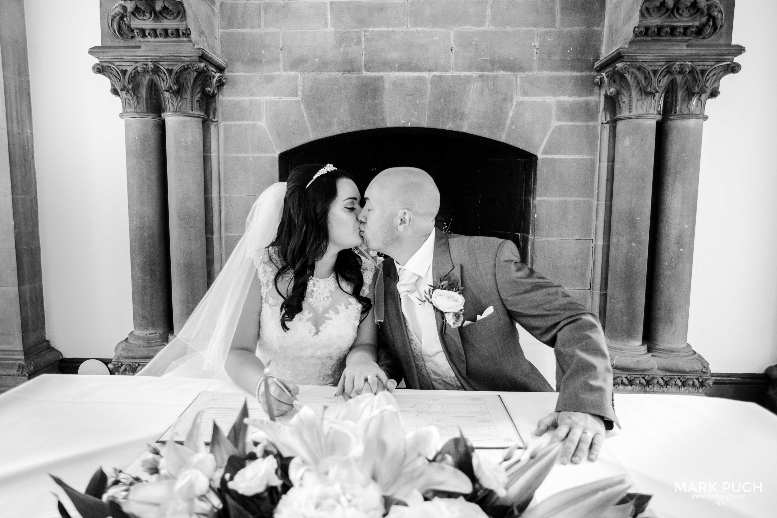 052 - Lauren and Tim - fineART wedding photography at Kelham Hall Newark UK by www.markpugh.com Mark Pugh of www.mpmedia.co.uk_.JPG