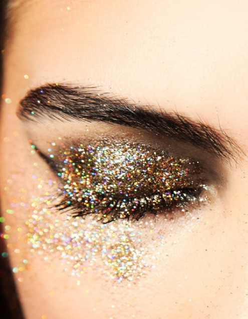 glitter_eye.jpg