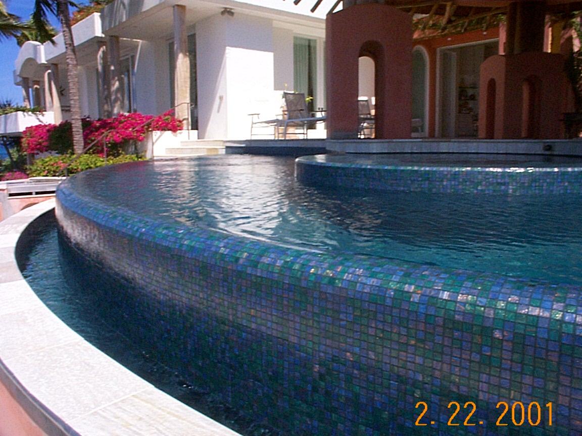 Valrose Pool 2.JPG