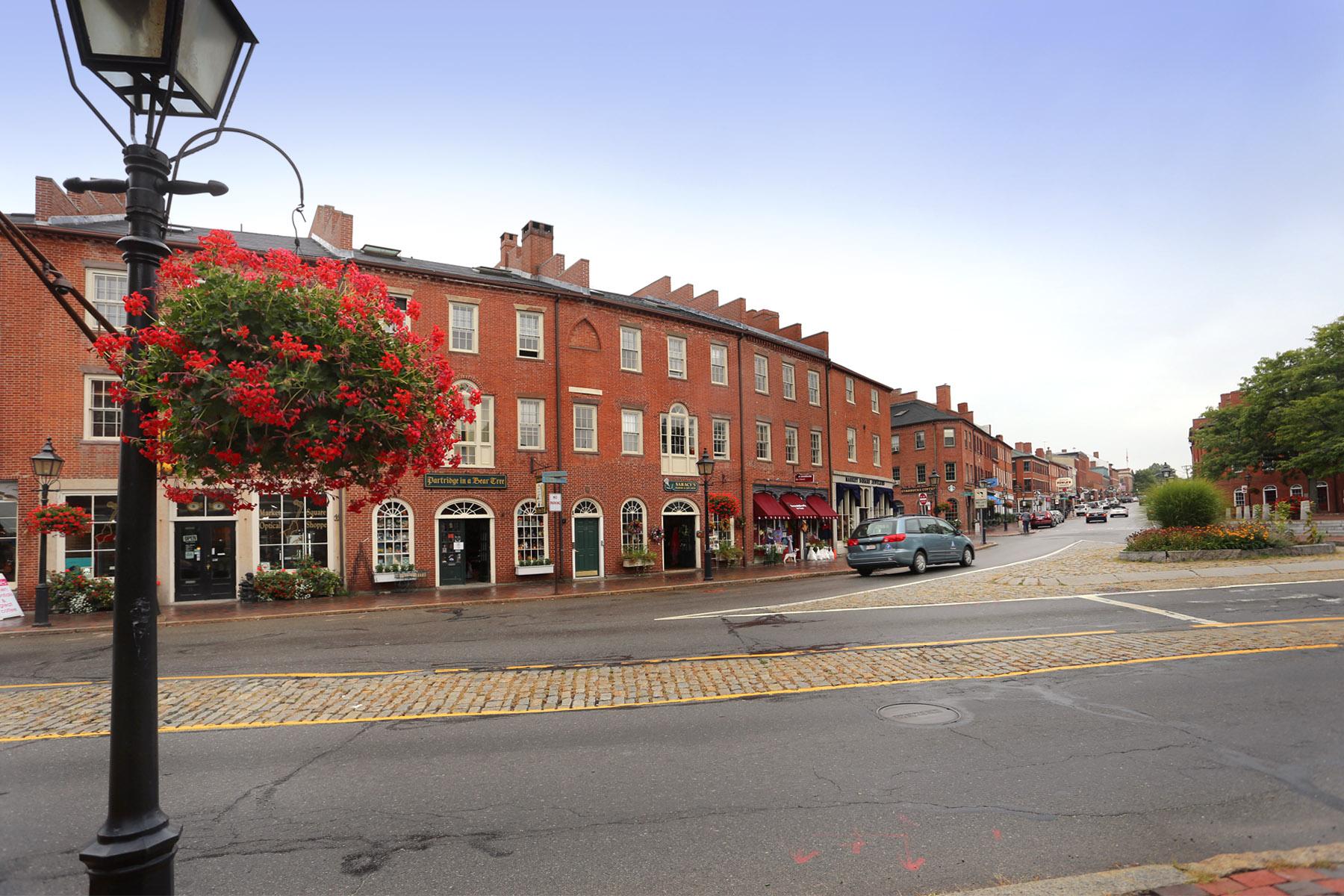 Market Square, Newburyport  - Staging