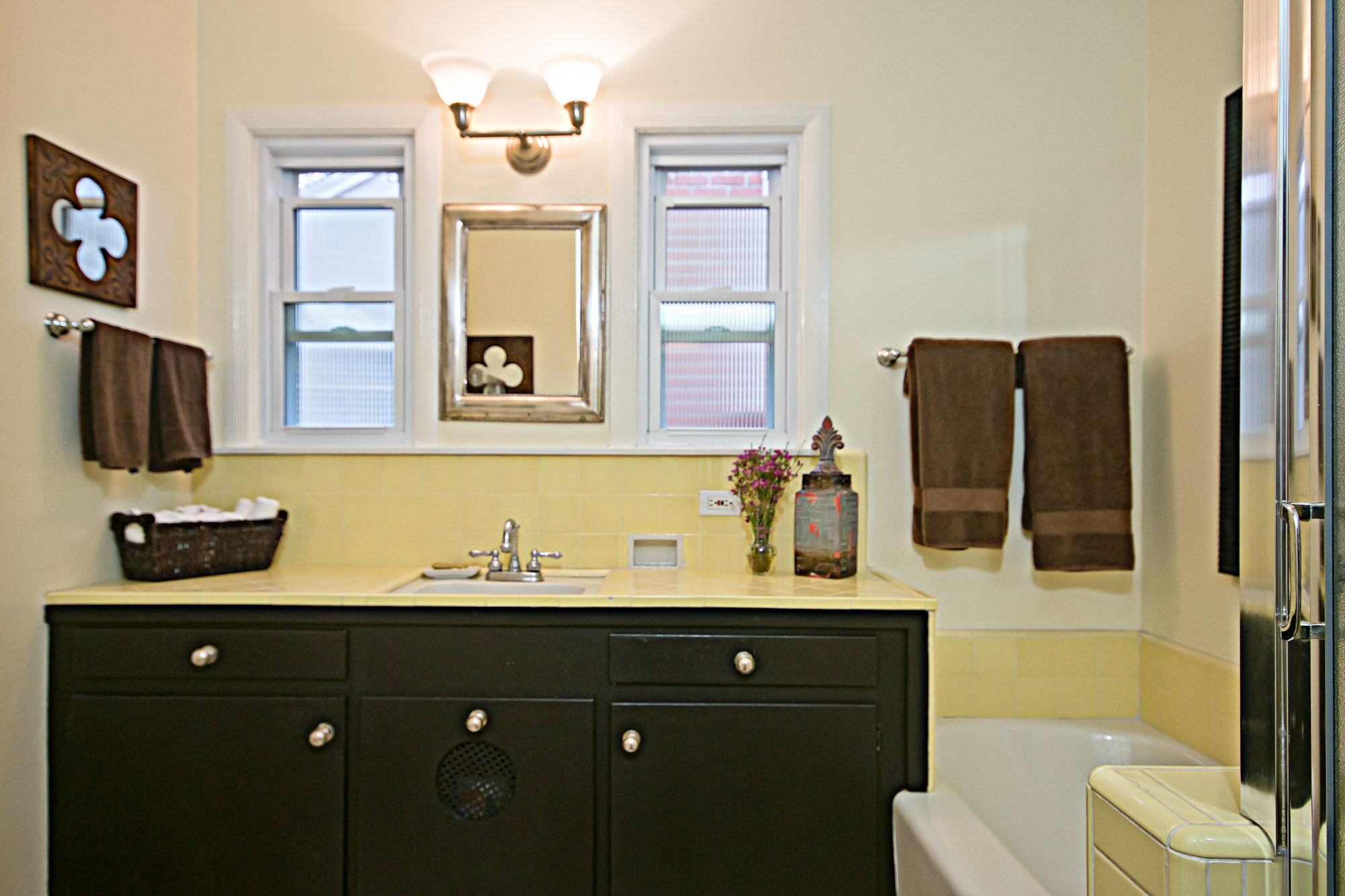 20140303-Hall Bathroom.jpg