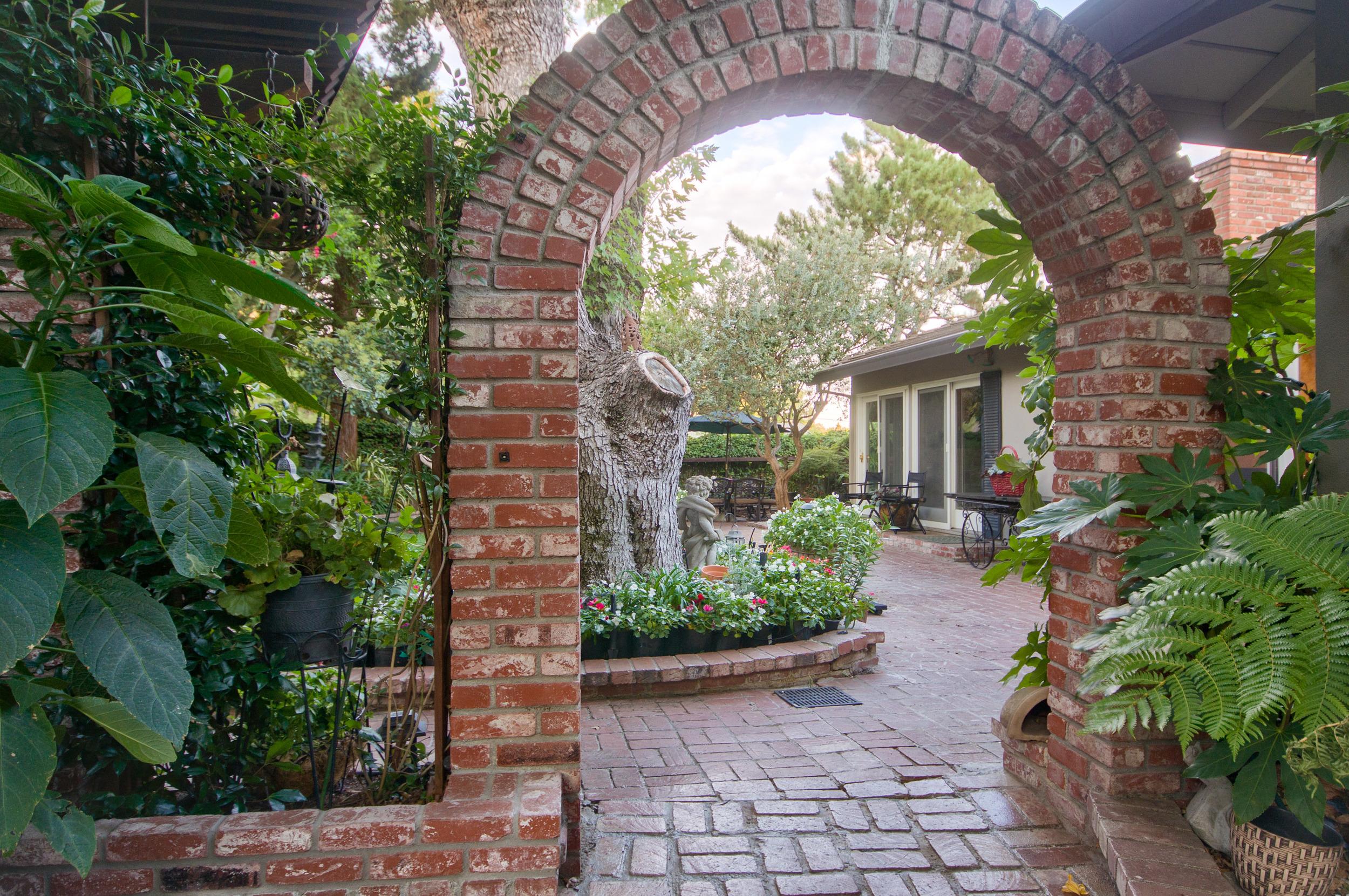 1209 47th Avenue   Sacramento   Michael Glascock-15.jpg