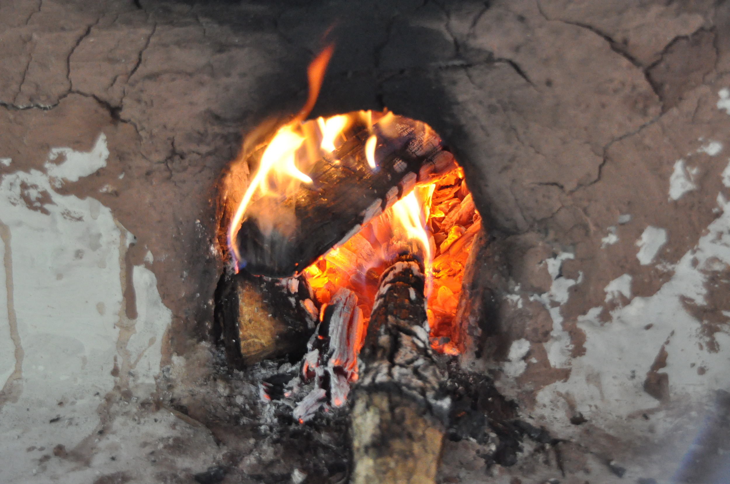 Wood burning fire for tortillas de maize and more