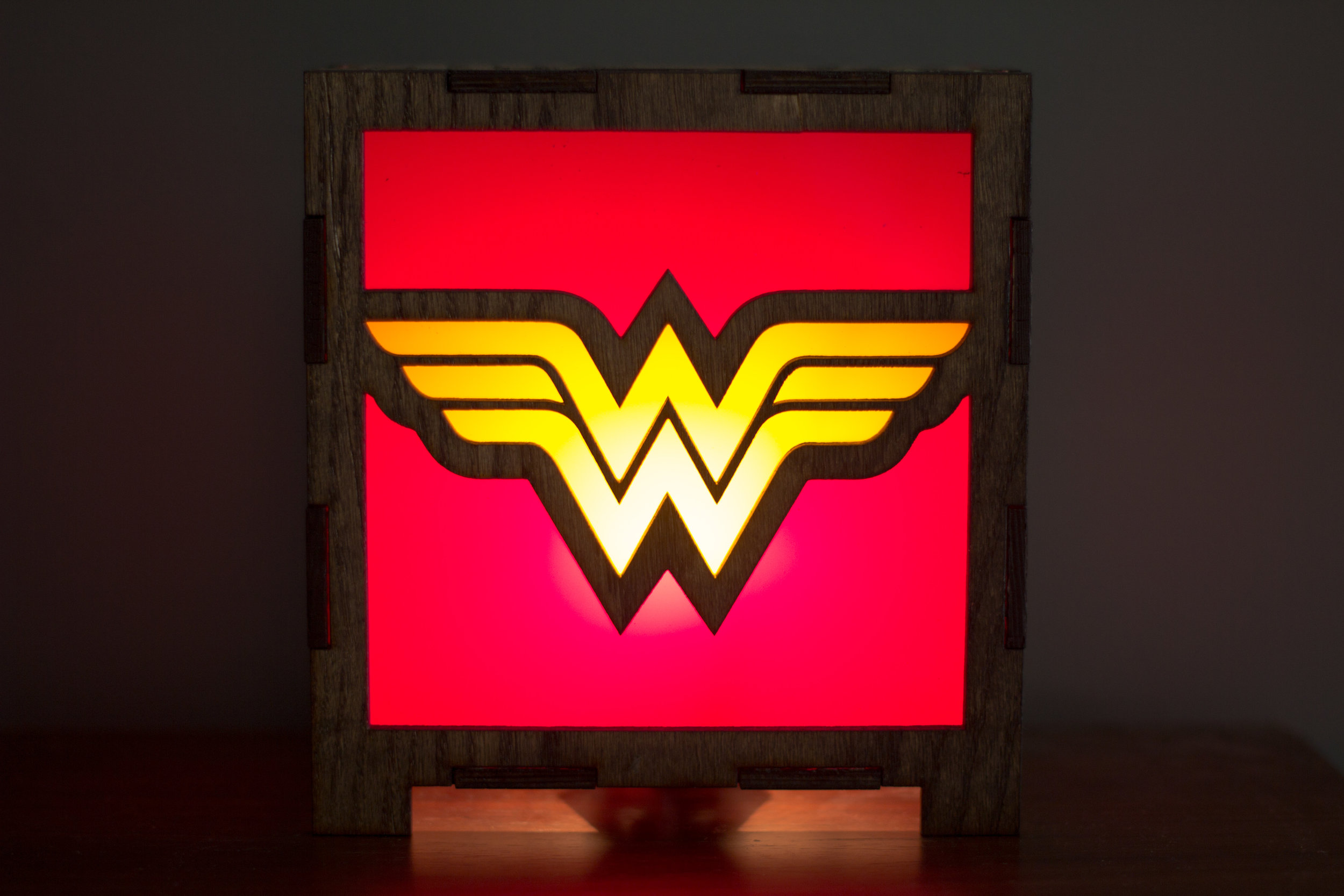 Wonder woman lamp 4