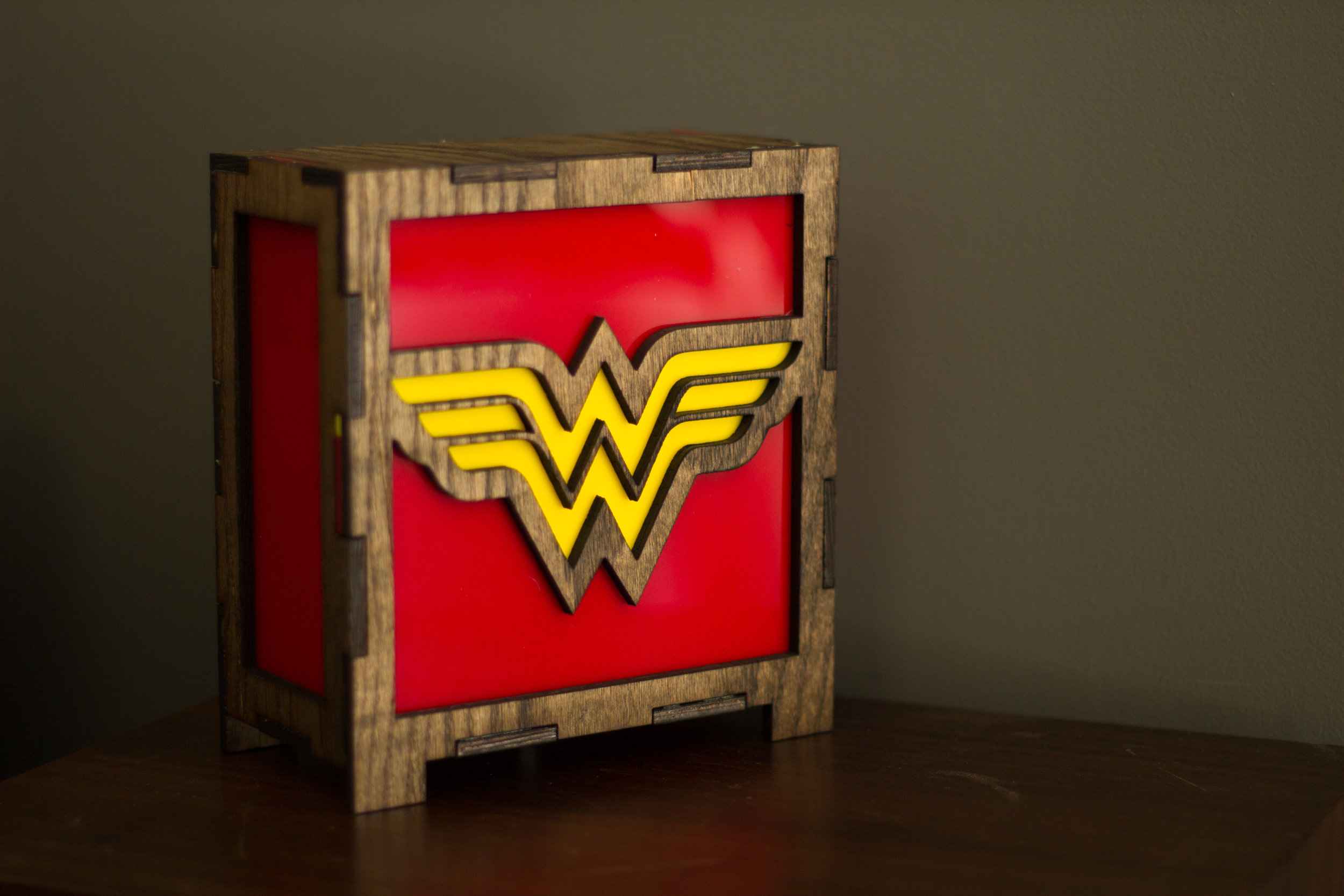 Wonder woman lamp 3