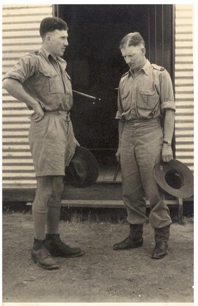 L-R Capt Morgan, Maj Lloyd Taken Bathurst NSW 31 December 1940.