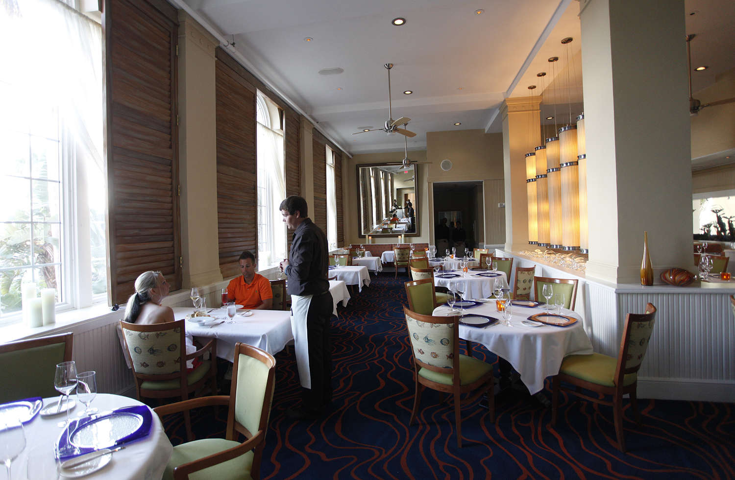 Guests eat at the Maritana Grille at the Loews Don CeSar Hotel in 2013. (LARA CERRI | Times)