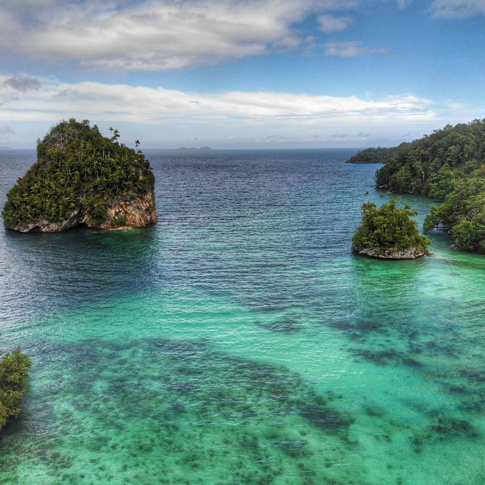 triton bay, indonesian papua