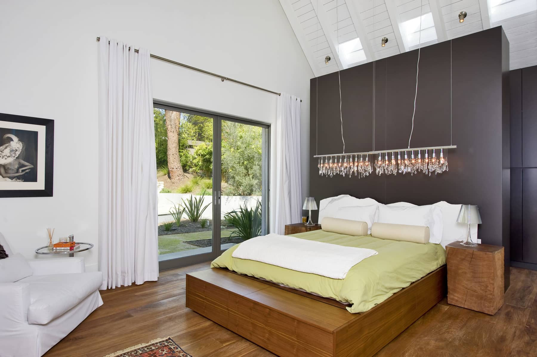 Los Angeles Bedroom by ZenHouse Collective