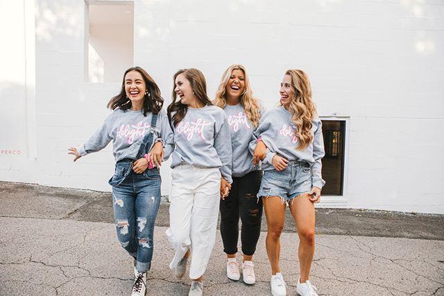 Did somebody say NEW SWEATSHIRTS?! 👚💖 We have got the absolute CUTEST new Delight sweatshirts in our online store and we can't stop wearing them!! 🤩 Click the link in our bio to get your newest wardrobe staple 💁🏻‍♀️