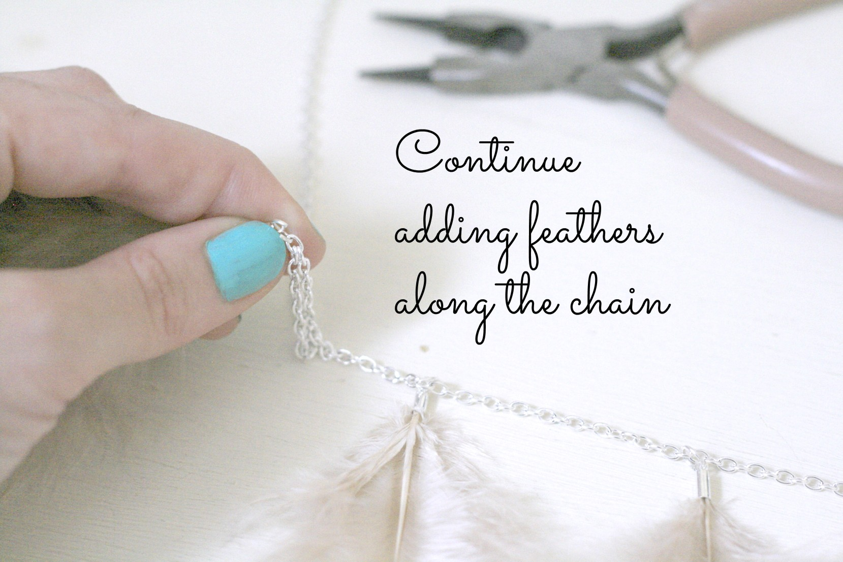 DIY Feather Necklace 8.jpg