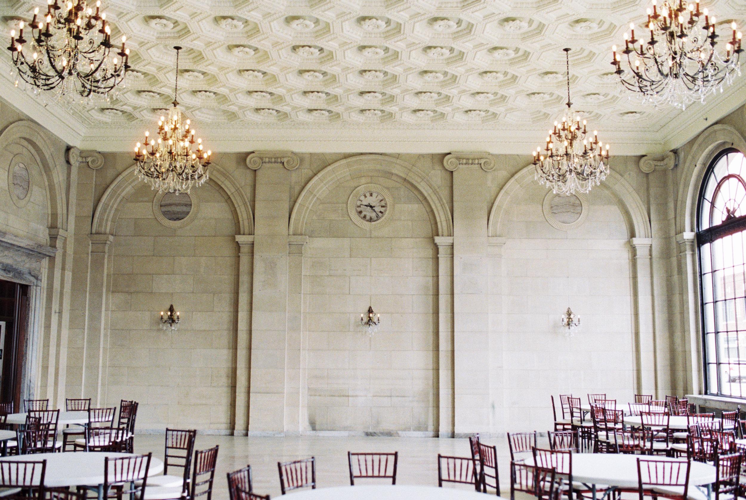 ariel pearl center cleveland wedding venue ohio wedding photographer