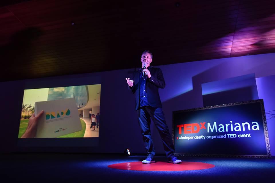 TEDx Mariana - Última:Maratona criativa pode Mariana. Apresentação do projeto Brado, onde co-criamos ideia que pudessem minimizar os danos causados para os atingidos da tragédia da rompimento da barragem de Fundão, e reativar a economia local.