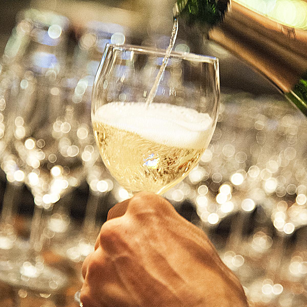 Champagne2 copy.jpg