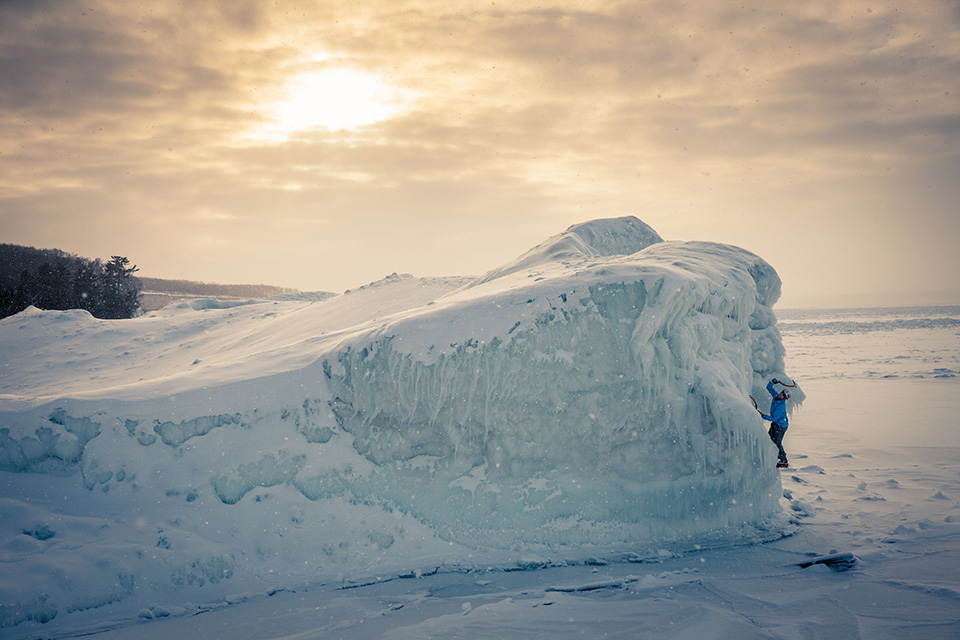 wilkinson-michigan-ice-climbing-sunset-bouldering1.jpg