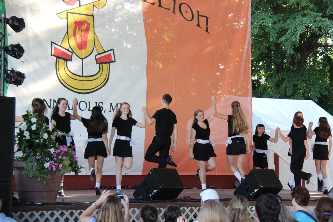 2015 Annapolis Irish Fest 4 Hand.jpeg