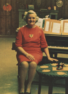 Nan Slygh, the first director of Pilgrim, in what is now the Square &  Diamond rooms.