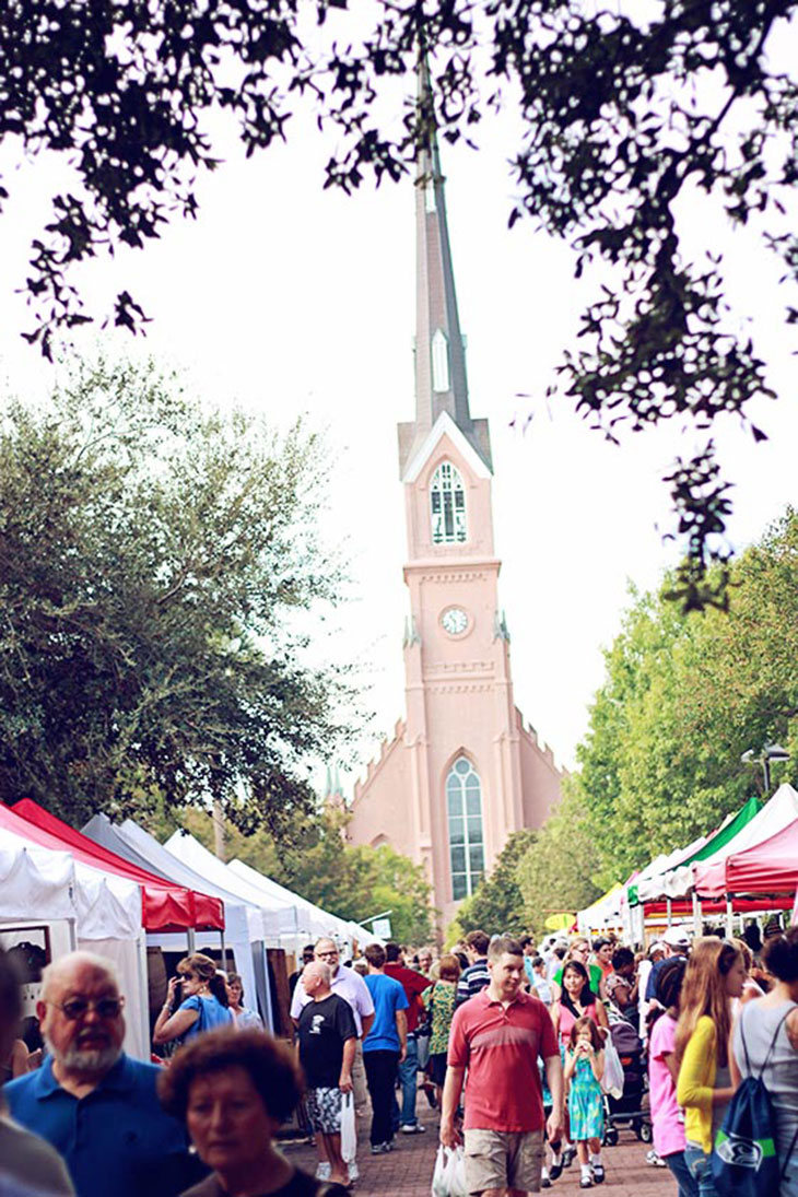 Charleston Farmer's Market on Marion Square in Front of St Matthews