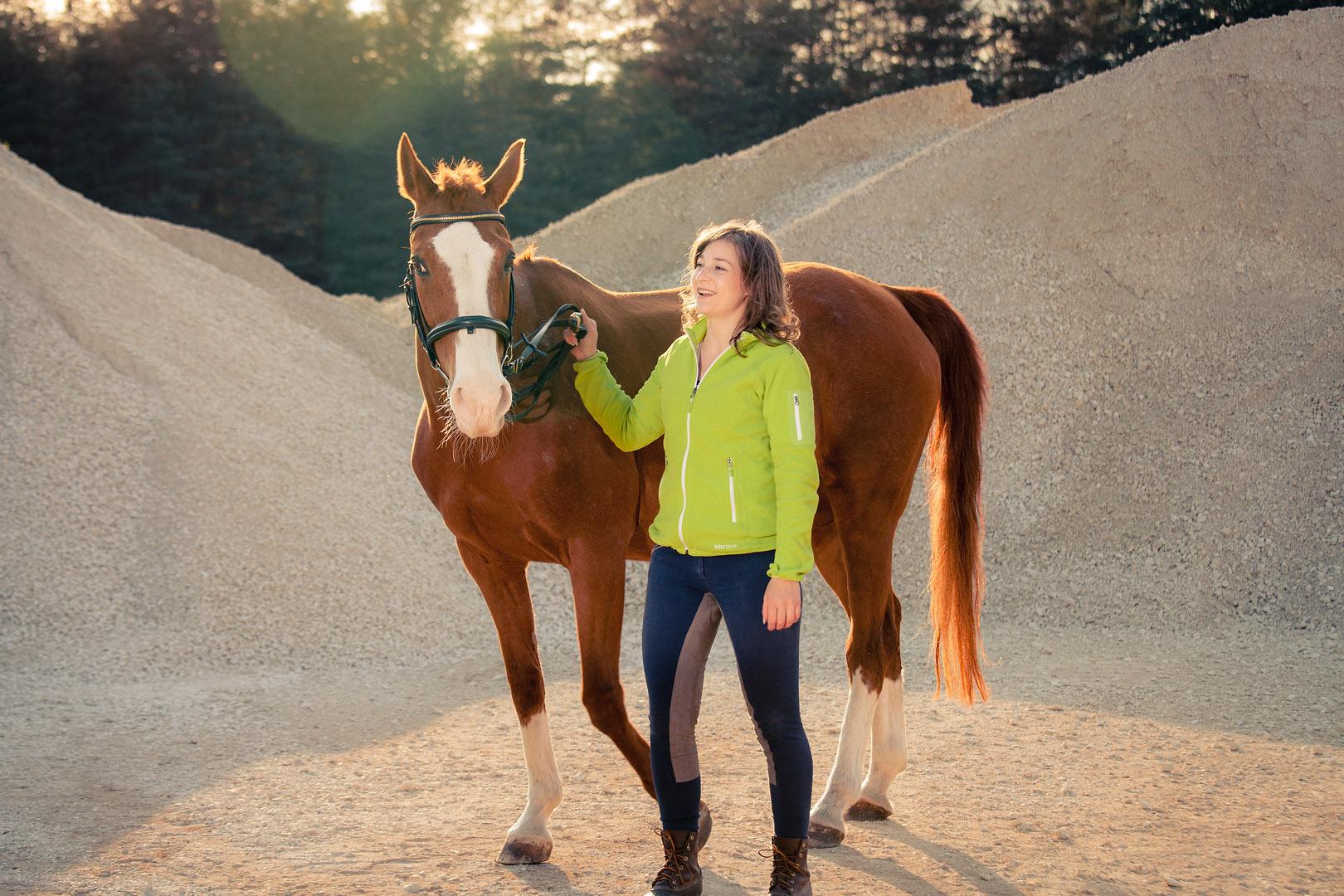 tierfotograf-pferde-outdoorshooting-der-fotograf-nürnberg.jpg