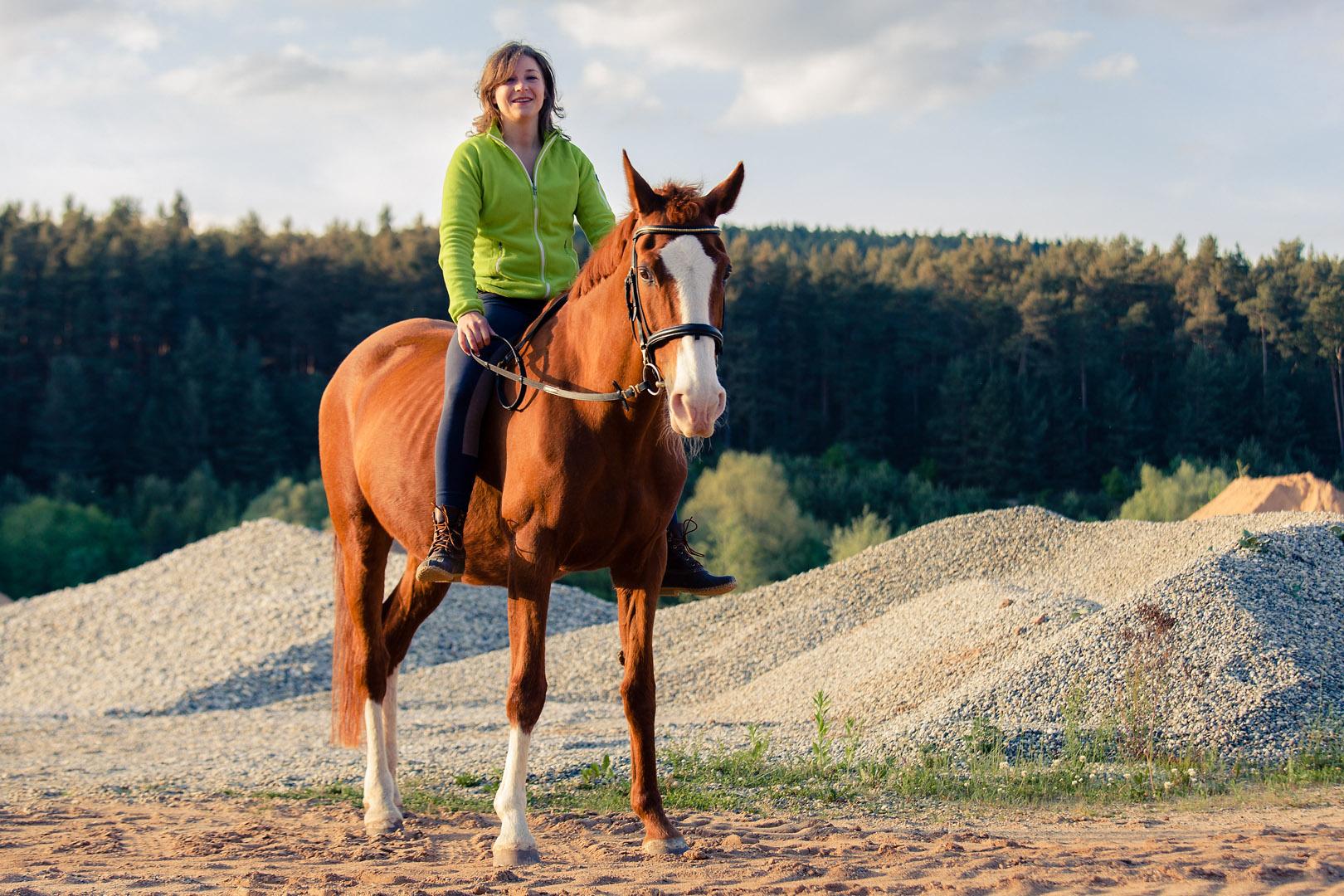 tierfotograf-pferde-outdoorshooting-der-fotograf-nürnberg3.jpg