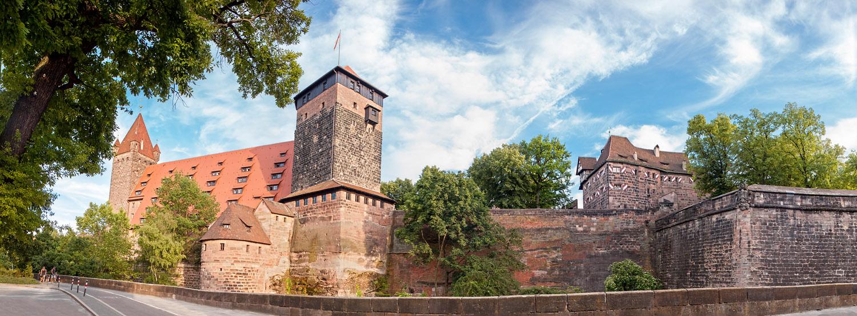 Die Nürnberger Burg im späten Tageslicht